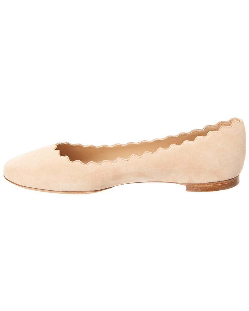 3106cd0044d Chloé Lauren Scalloped Suede Ballerina Flat in Natural - Save  26.045016077170416% - Lyst