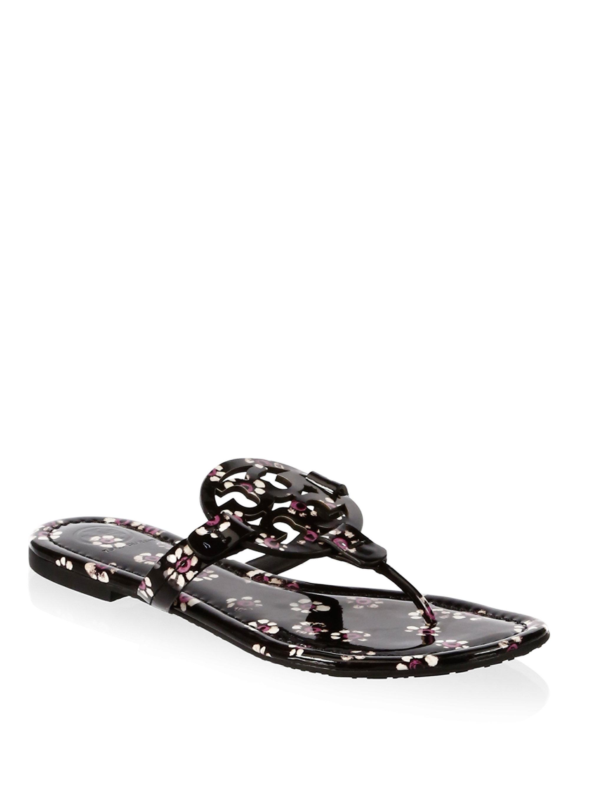151451793353 Tory Burch Miller Floral Leather Thong Sandals in Black - Lyst