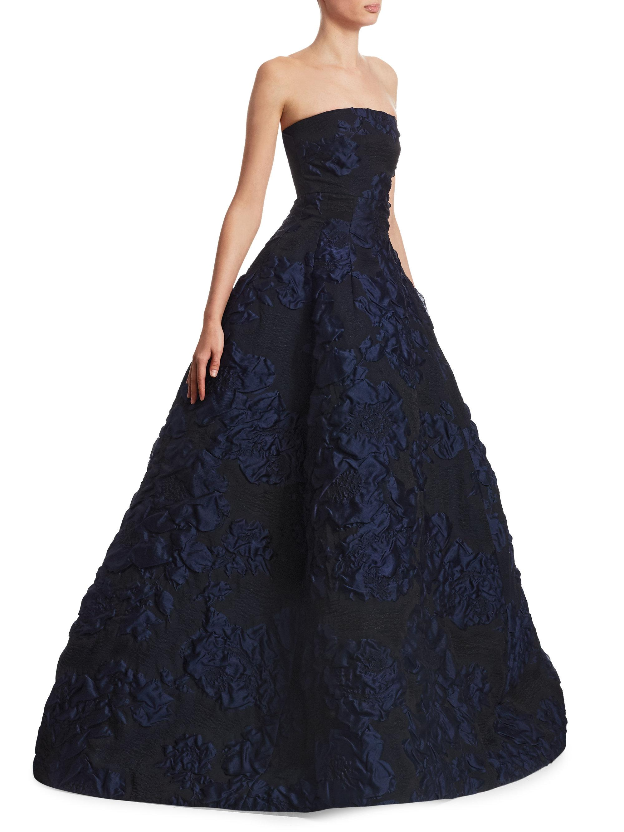 Lyst Oscar De La Renta Strapless Cloque Ball Gown In Blue