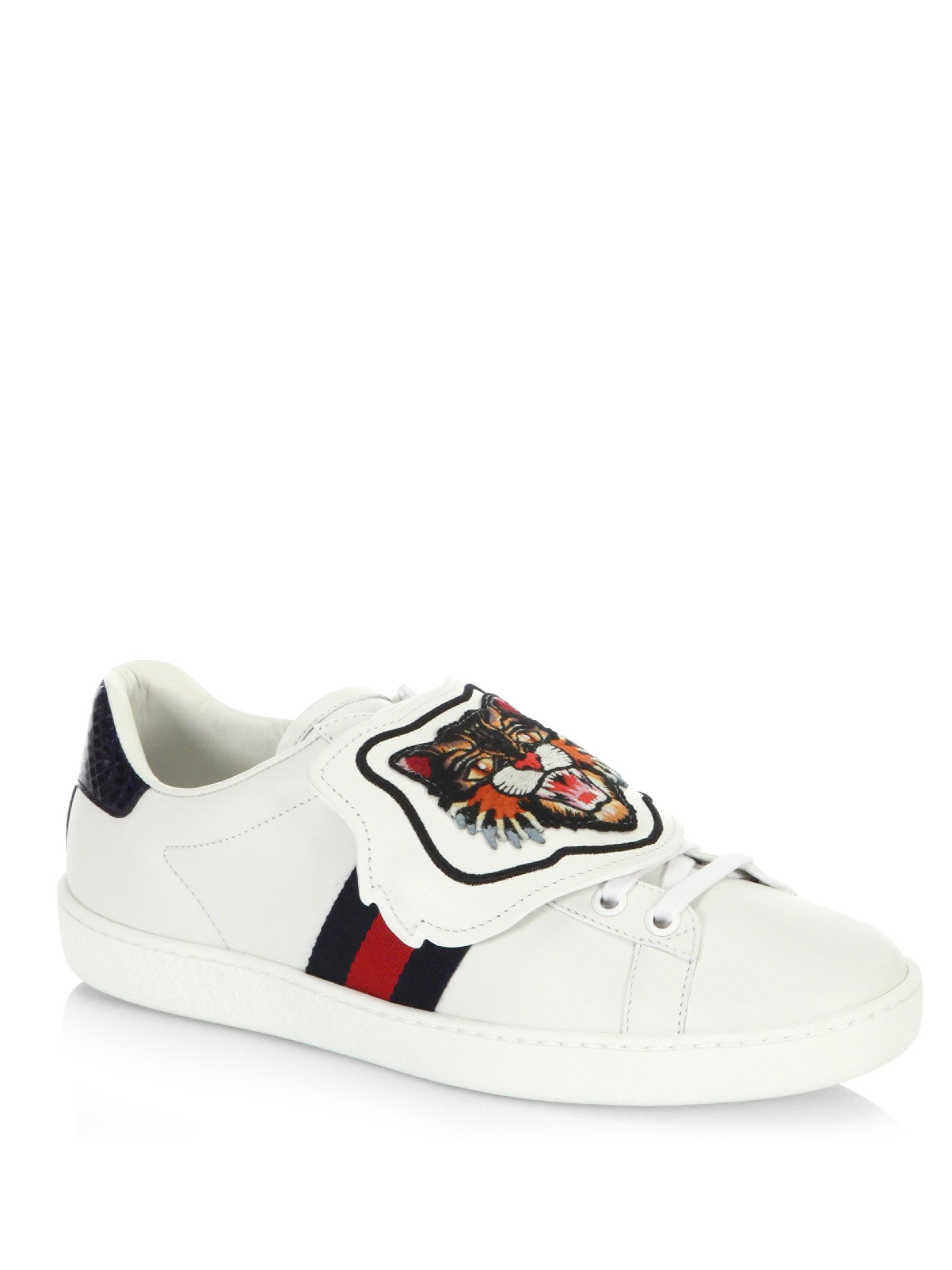 b5e1df6357d Gucci New Ace Lion Patch Sneakers in White - Lyst