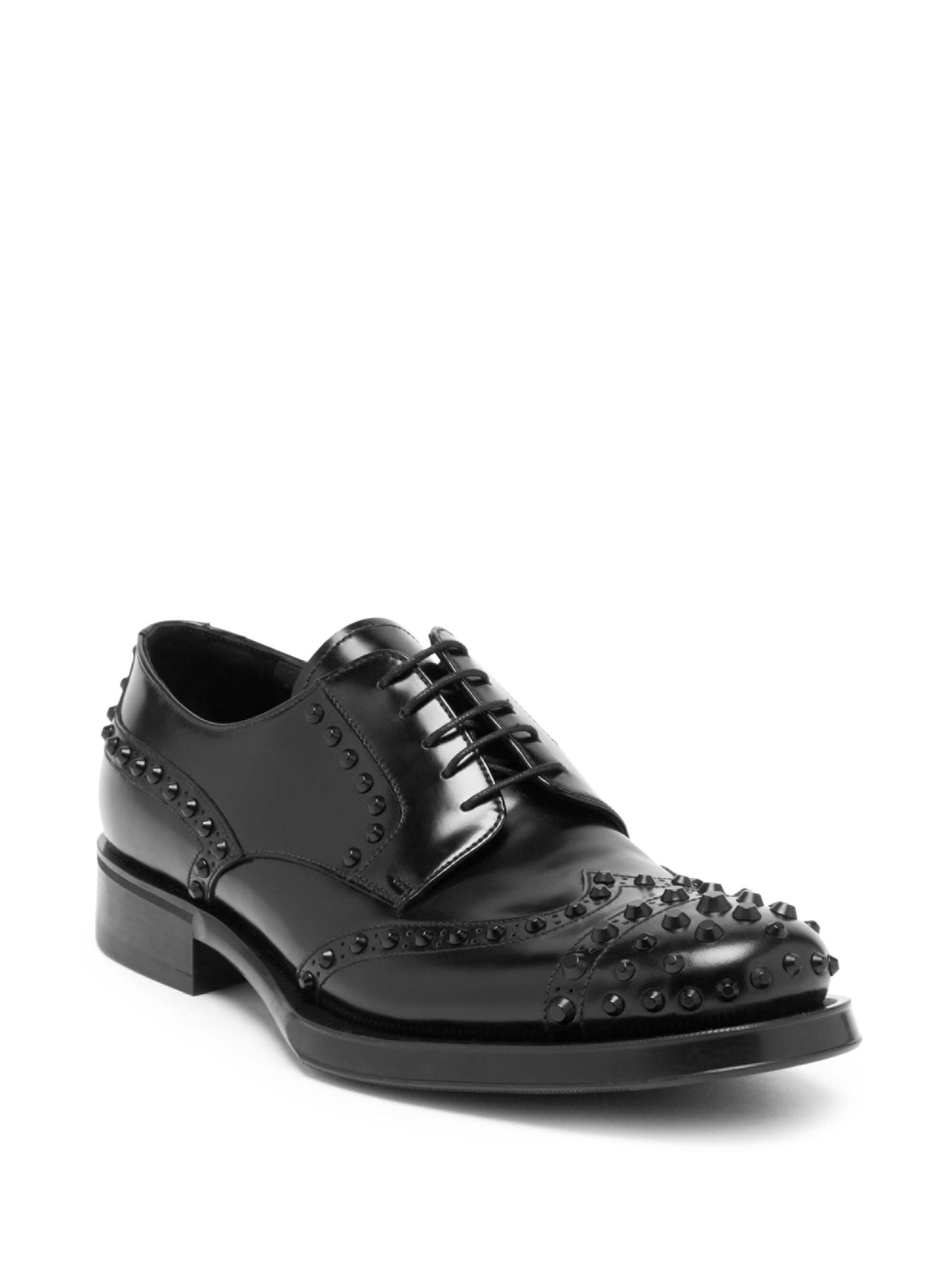 cfc4353dea58 Prada Spiked Front Leather Wingtip Oxford Shoes in Black for Men - Lyst