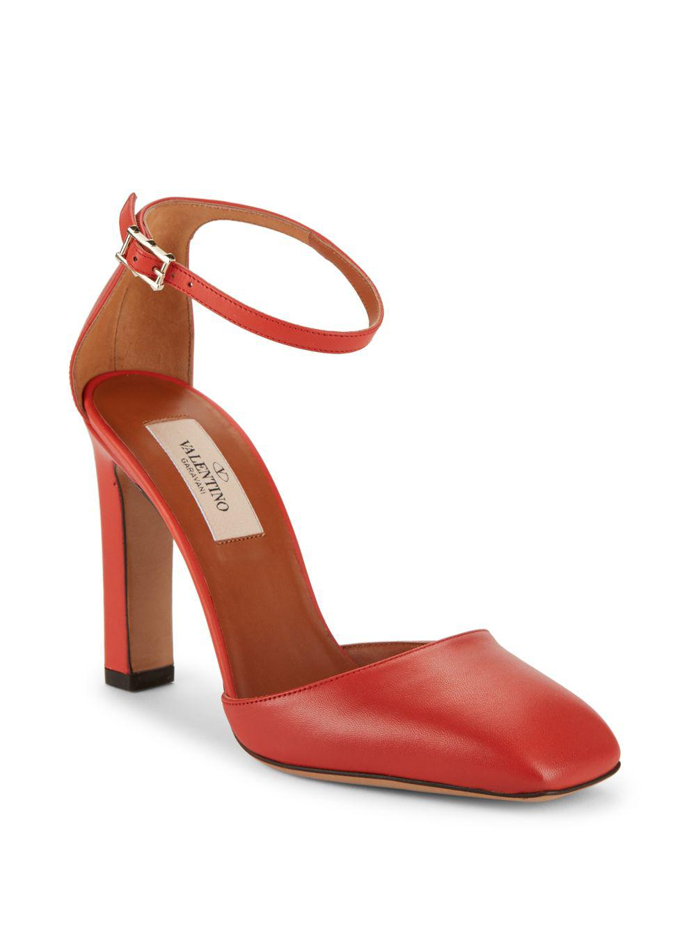 0831240ece9 Lyst - Valentino Leather Square-toe Block-heel Pumps in Orange