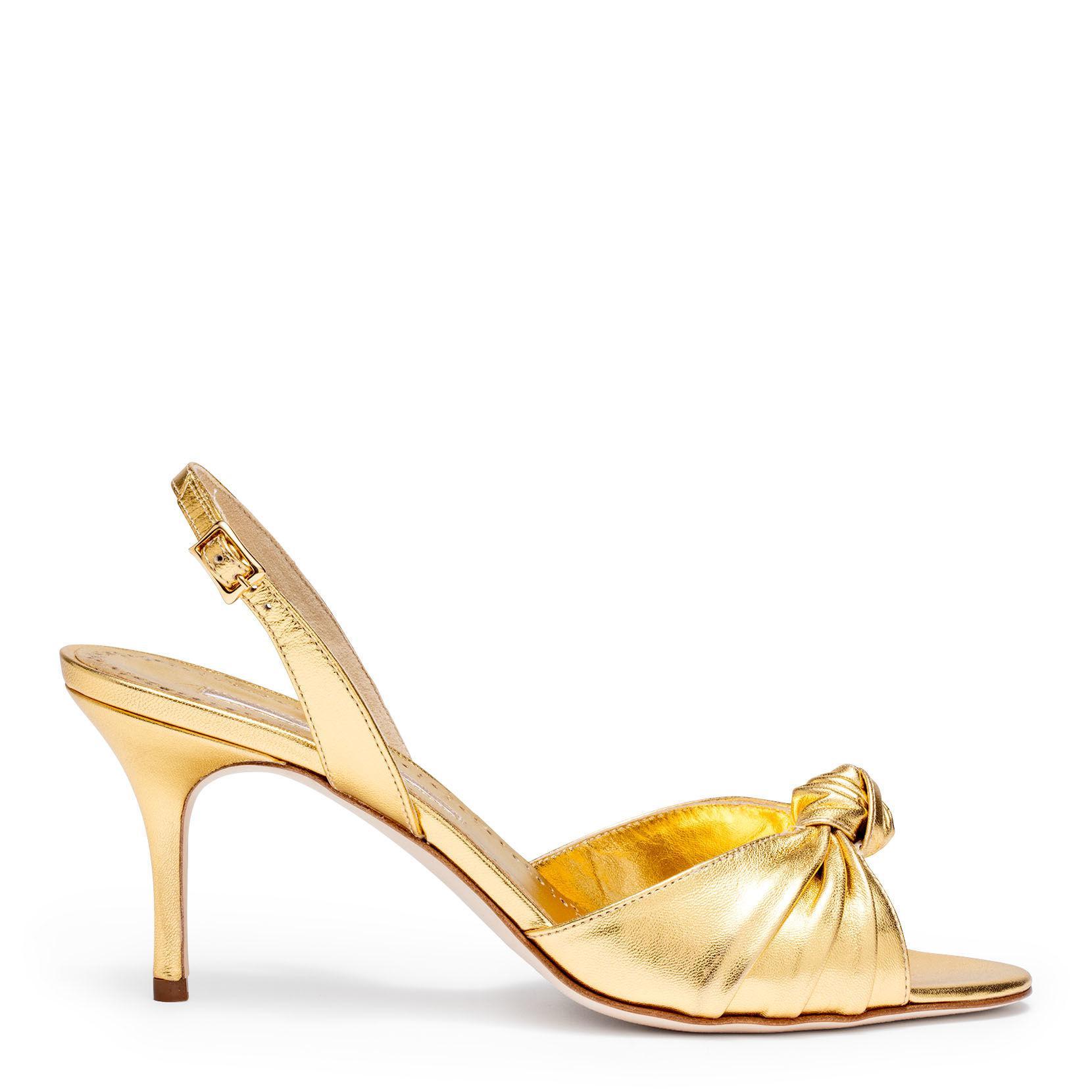 460c89aaccd Manolo Blahnik Mumuyesli 70 Nappa Light Gold Sandal in Metallic - Lyst