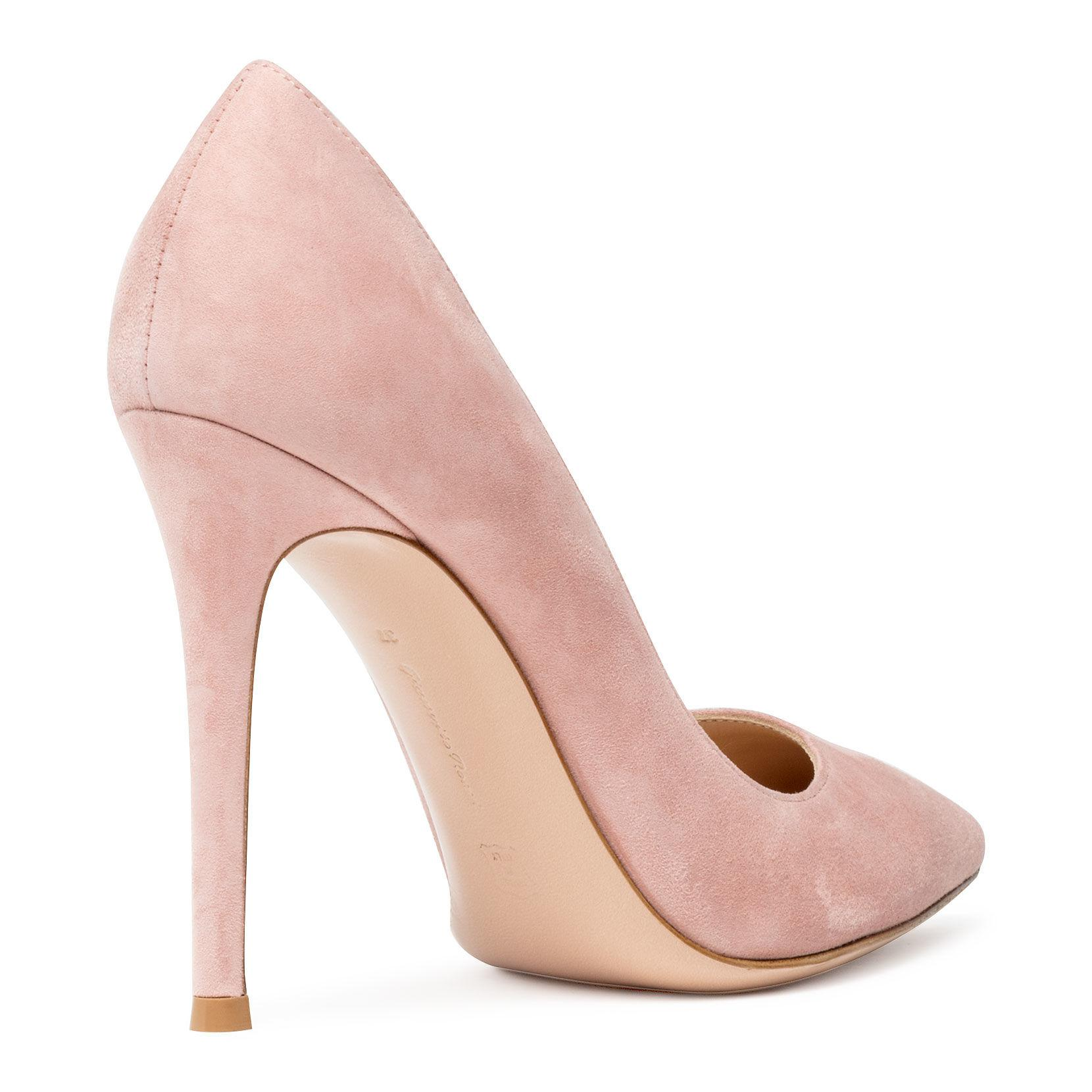 3ddc78f012d268 gianvito-rossi--Gianvito-105-Dusty-Pink-Suede-Pumps.jpeg