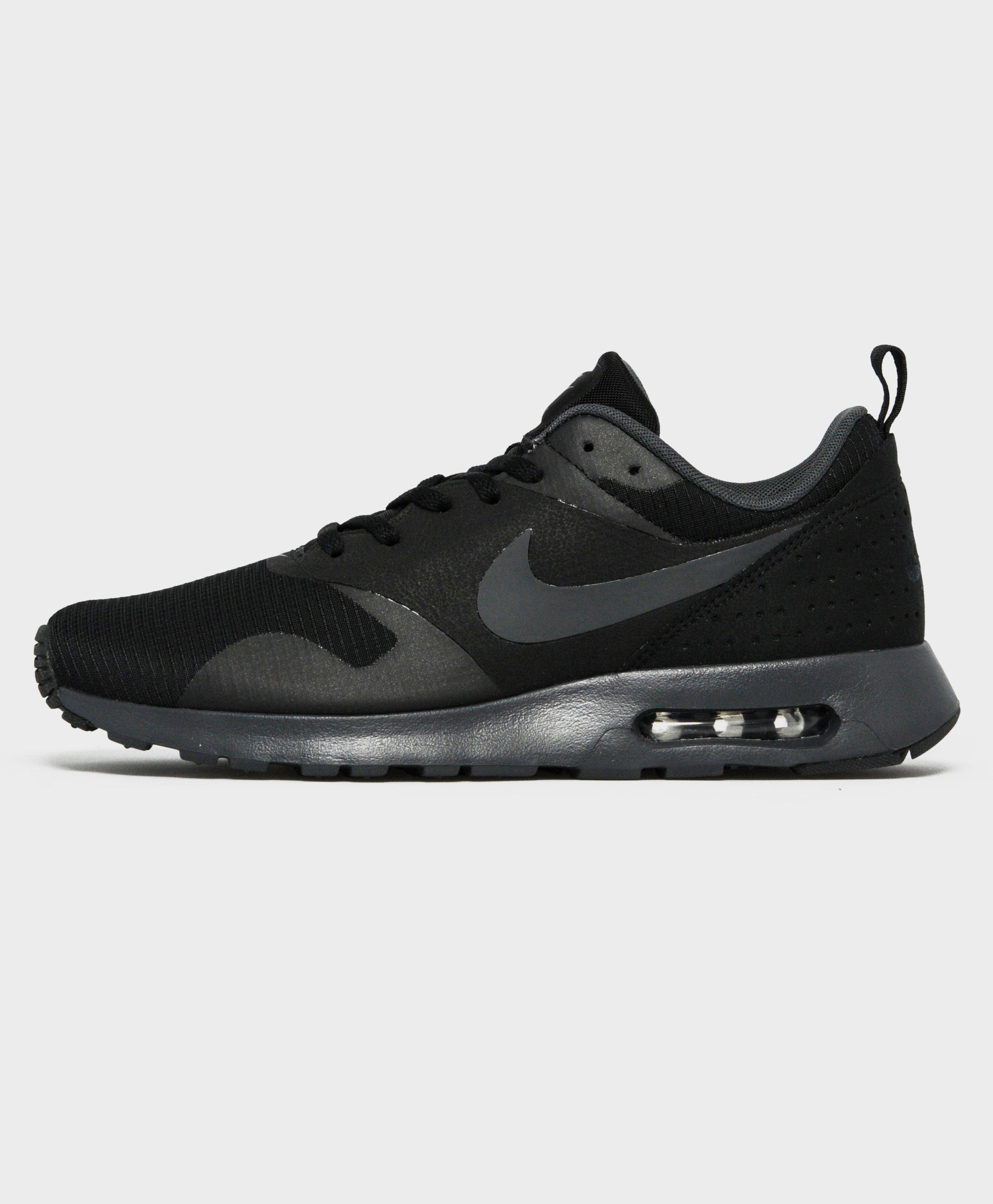 Nike. Men's Black Air Max Tavas