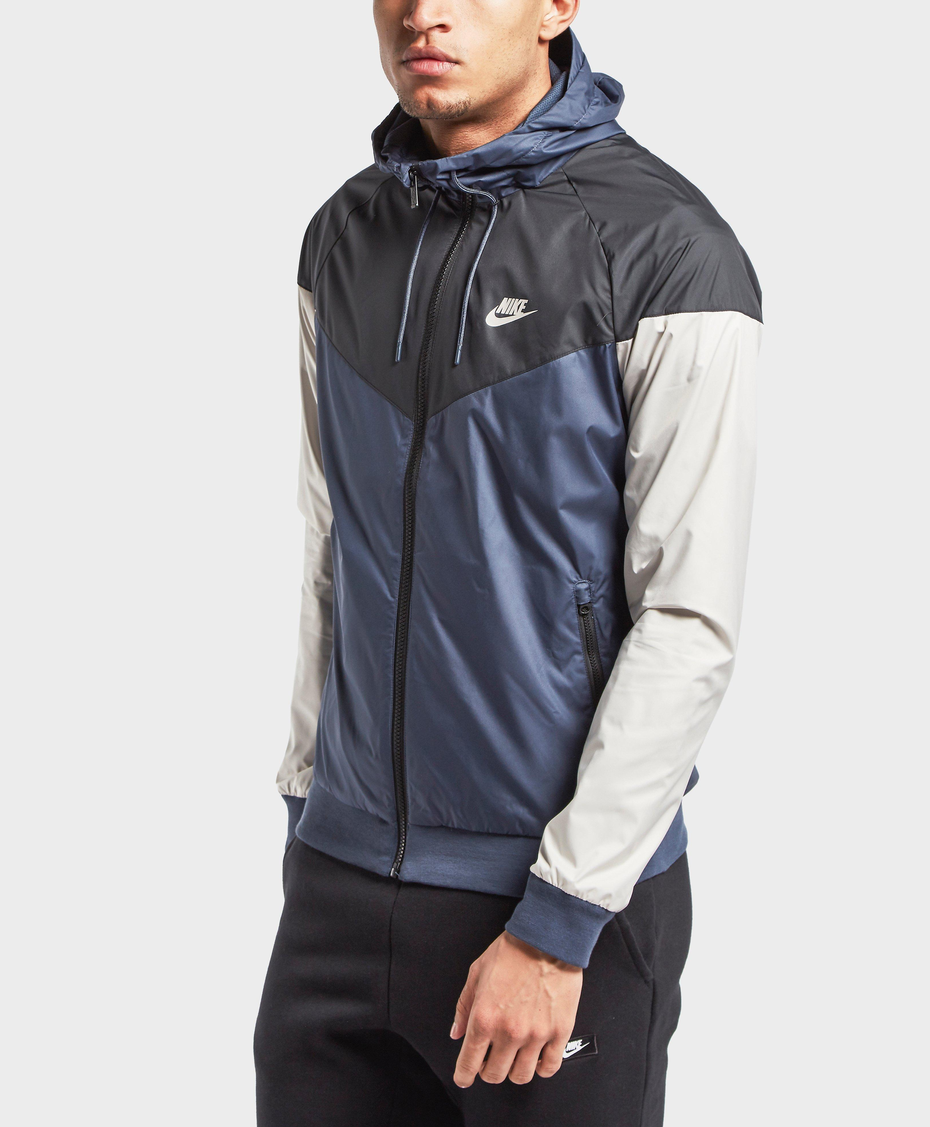 Nike Synthetic Windrunner Lightweight Jacket In Blue For