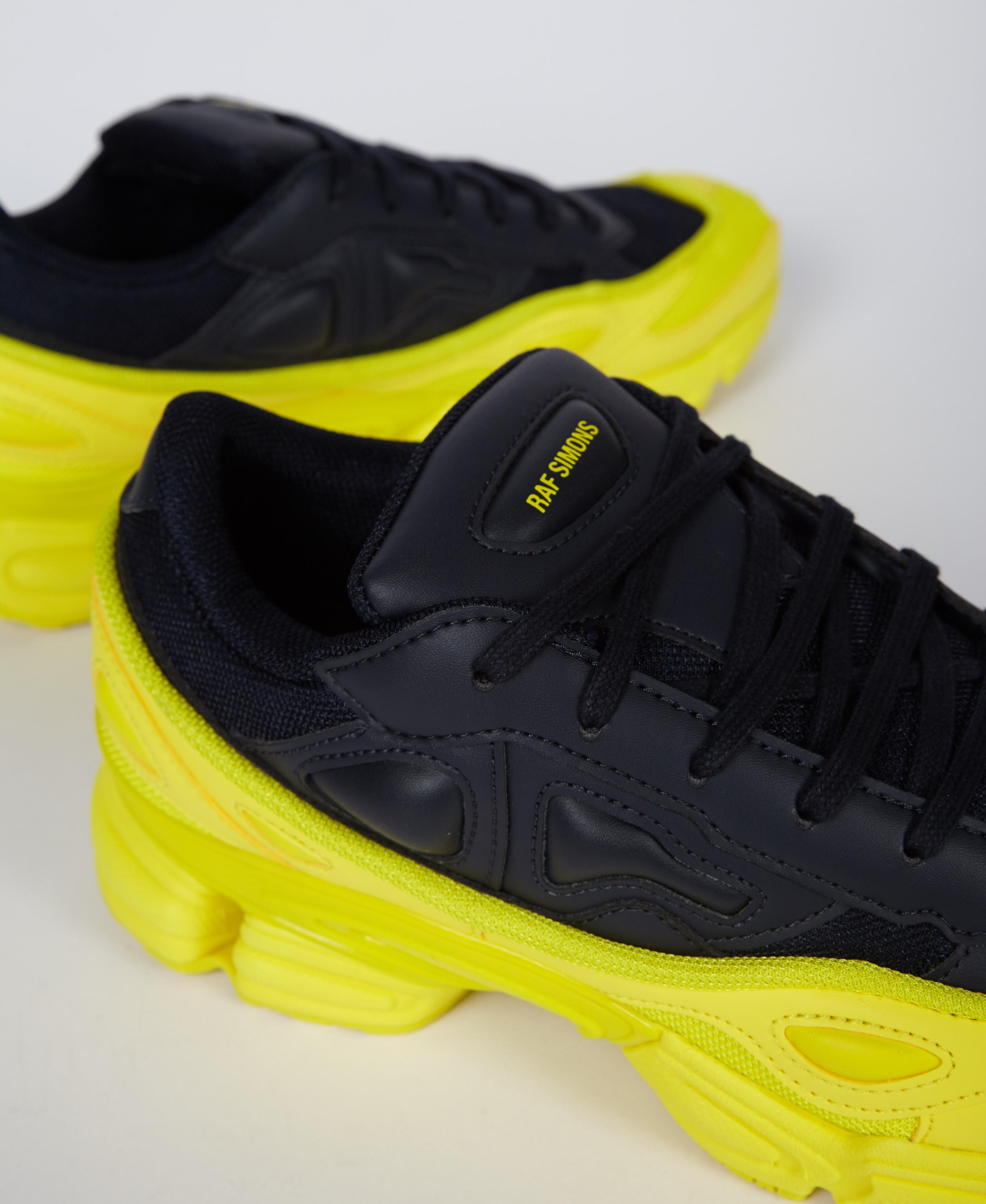 brand new dd5a7 d1e03 Lyst - adidas By Raf Simons Rs Ozweego F34267 for Men