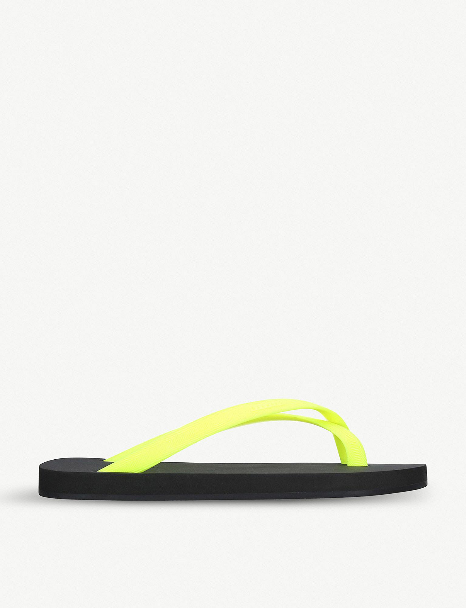 e4cffe82d80a Lyst - Danward Cross-toe Rubber Flip Flops in Yellow