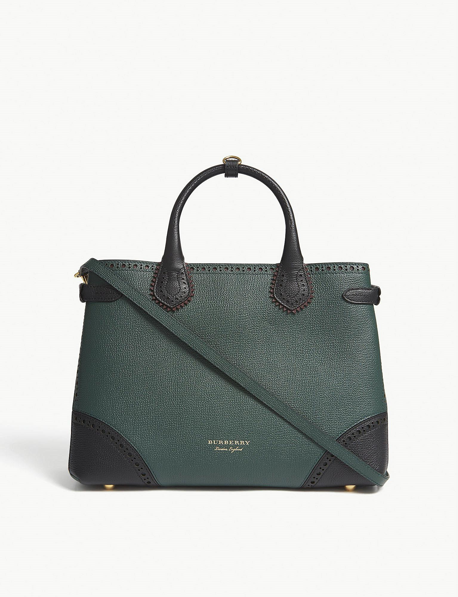 c6985d4ffd95 Burberry Banner Brogue Medium Leather Tote in Green - Lyst