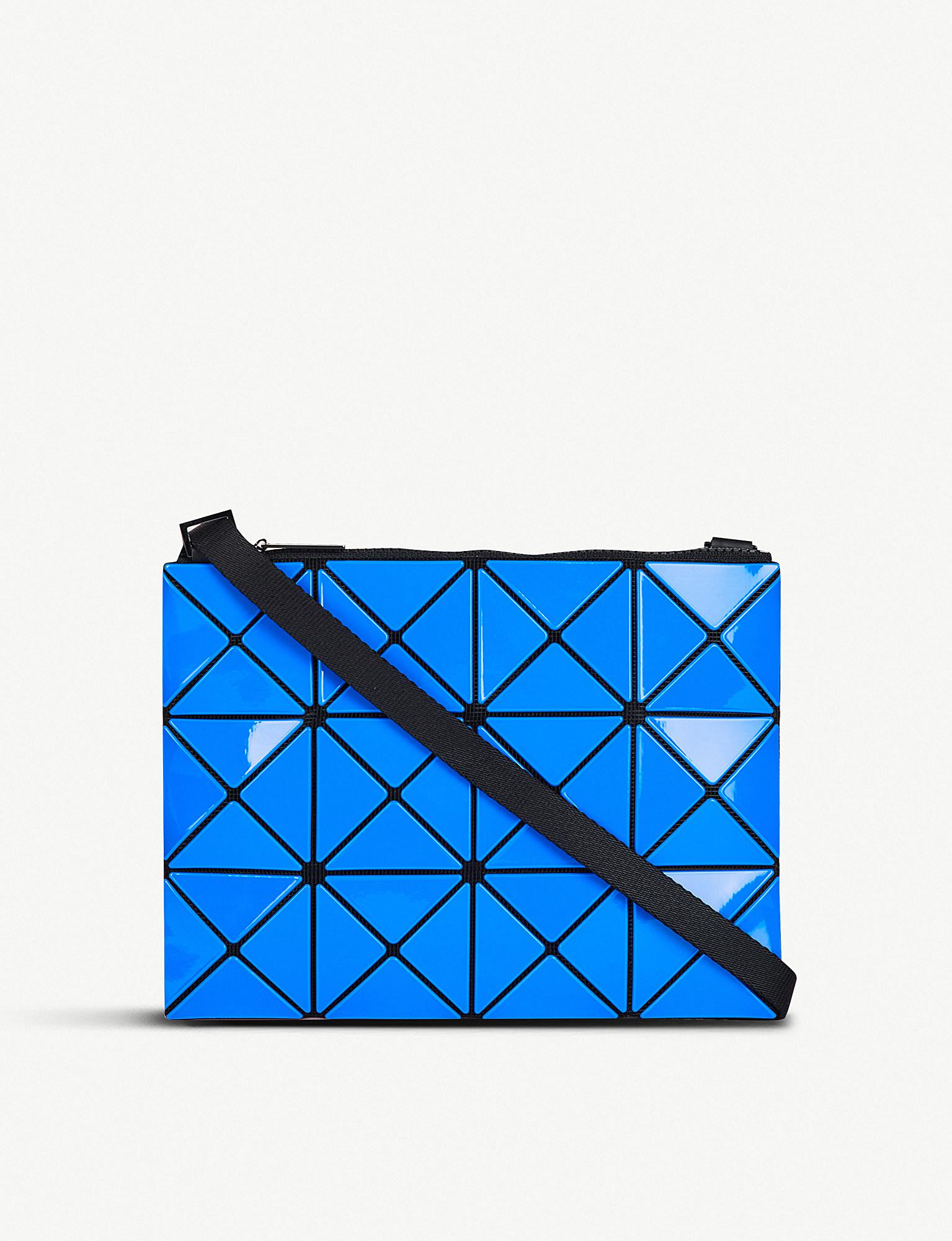 8ab6375a13a8 Gallery. Previously sold at  Selfridges · Women s Cross Body Bags ...