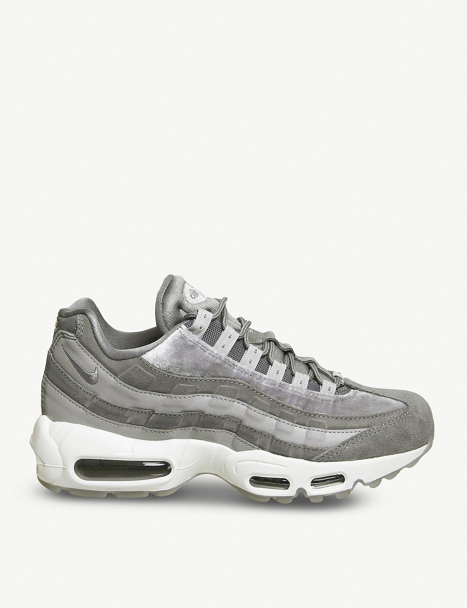 nike air max 95 velvet trainers