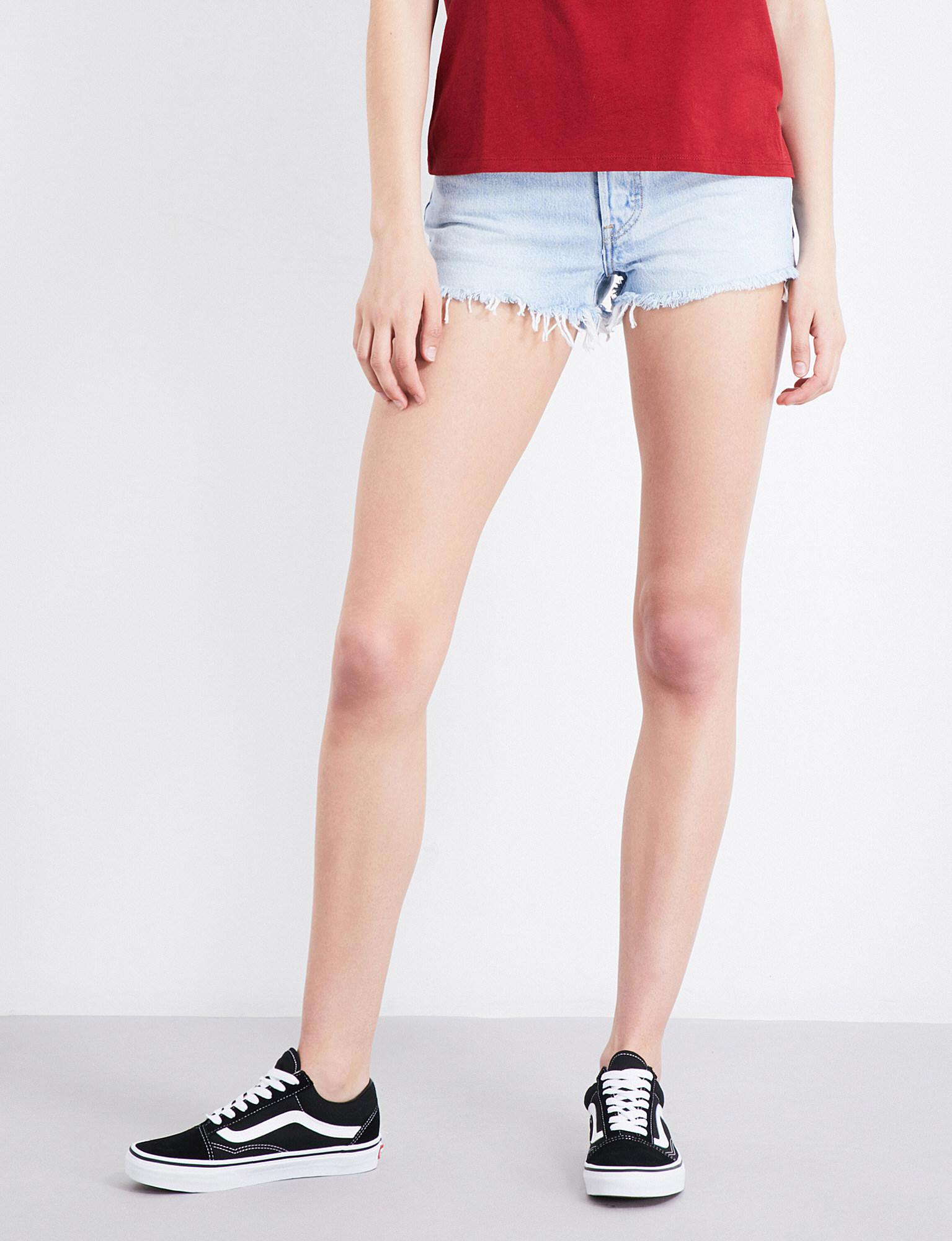 e92ef1cb Lyst - Levi'S 501 Frayed-hem Denim Shorts in Blue