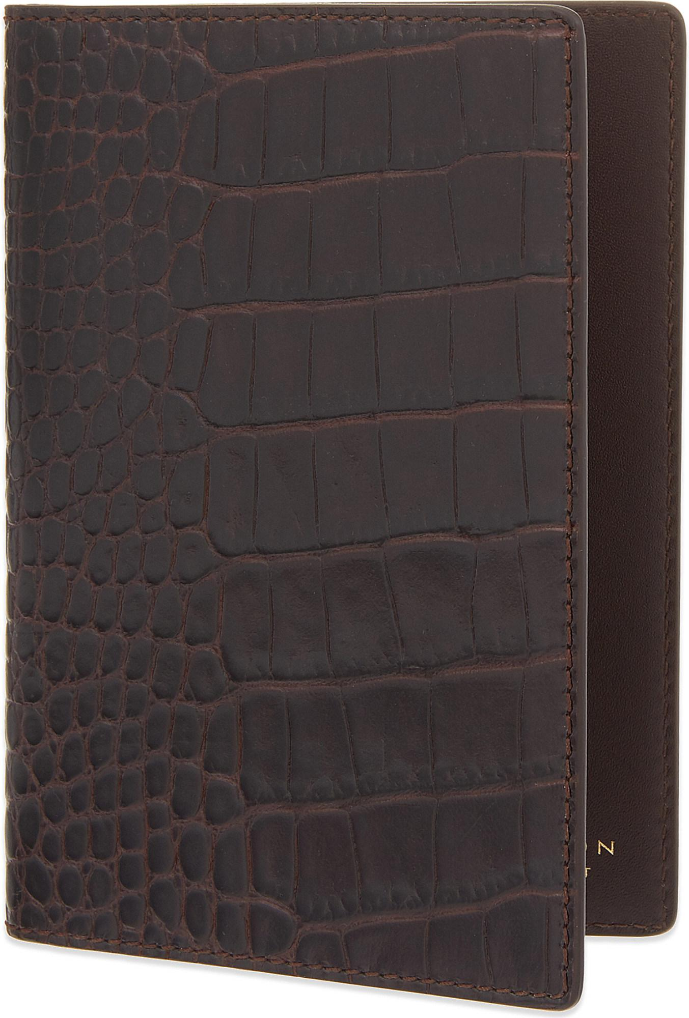 9cd4ba780543 Smythson Mara Leather Passport Cover in Brown for Men - Lyst