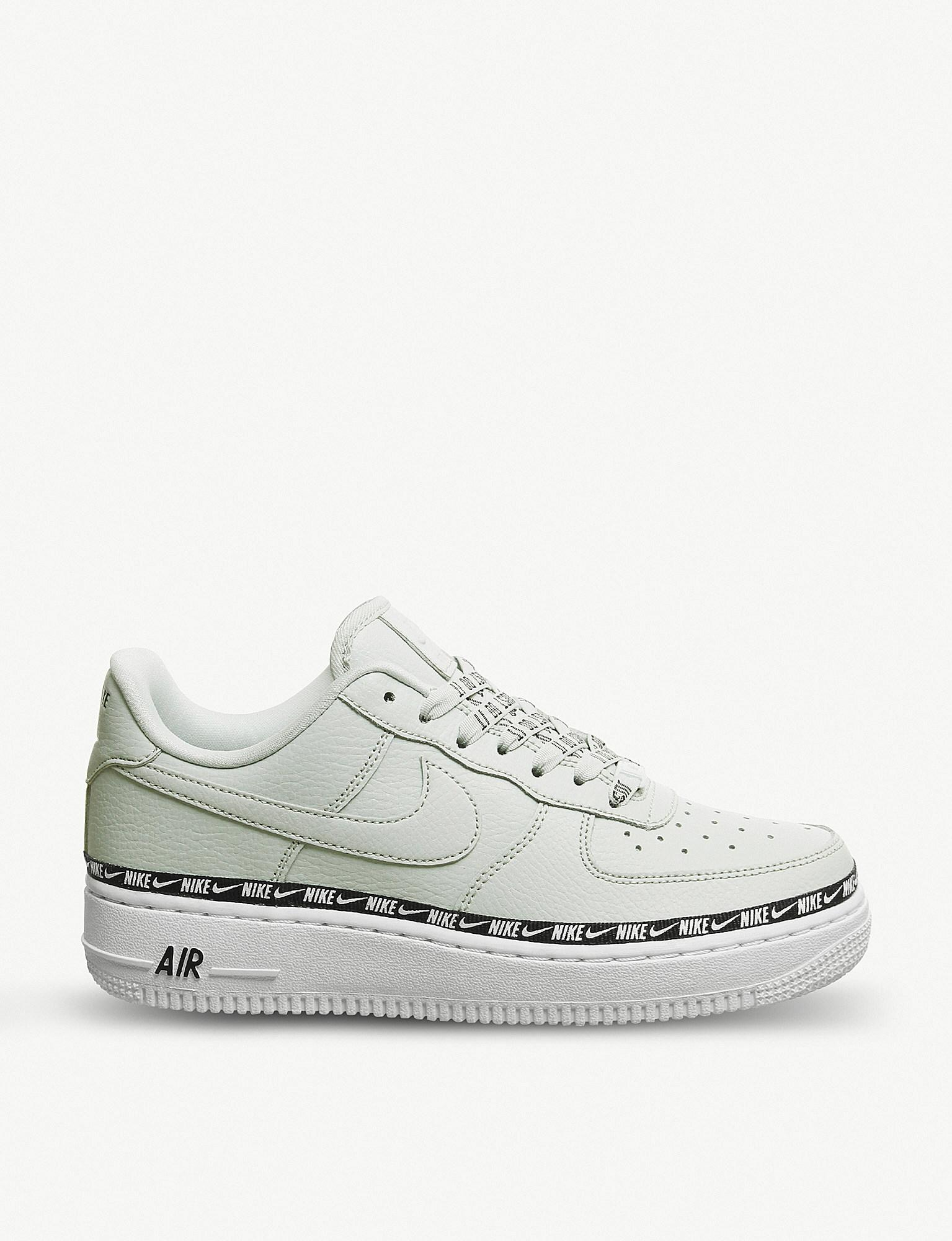 f9d2d4a8e35a03 Nike - Metallic Air Force 1 07 Leather Trainers for Men - Lyst. View  fullscreen