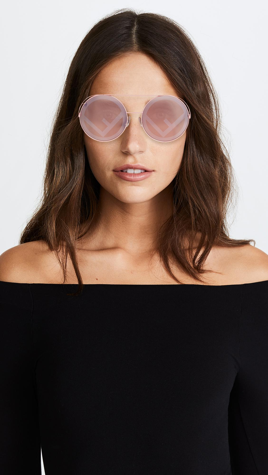 5c0f707f2f8f5 Fendi Round Holographic Sunglasses in Pink - Lyst