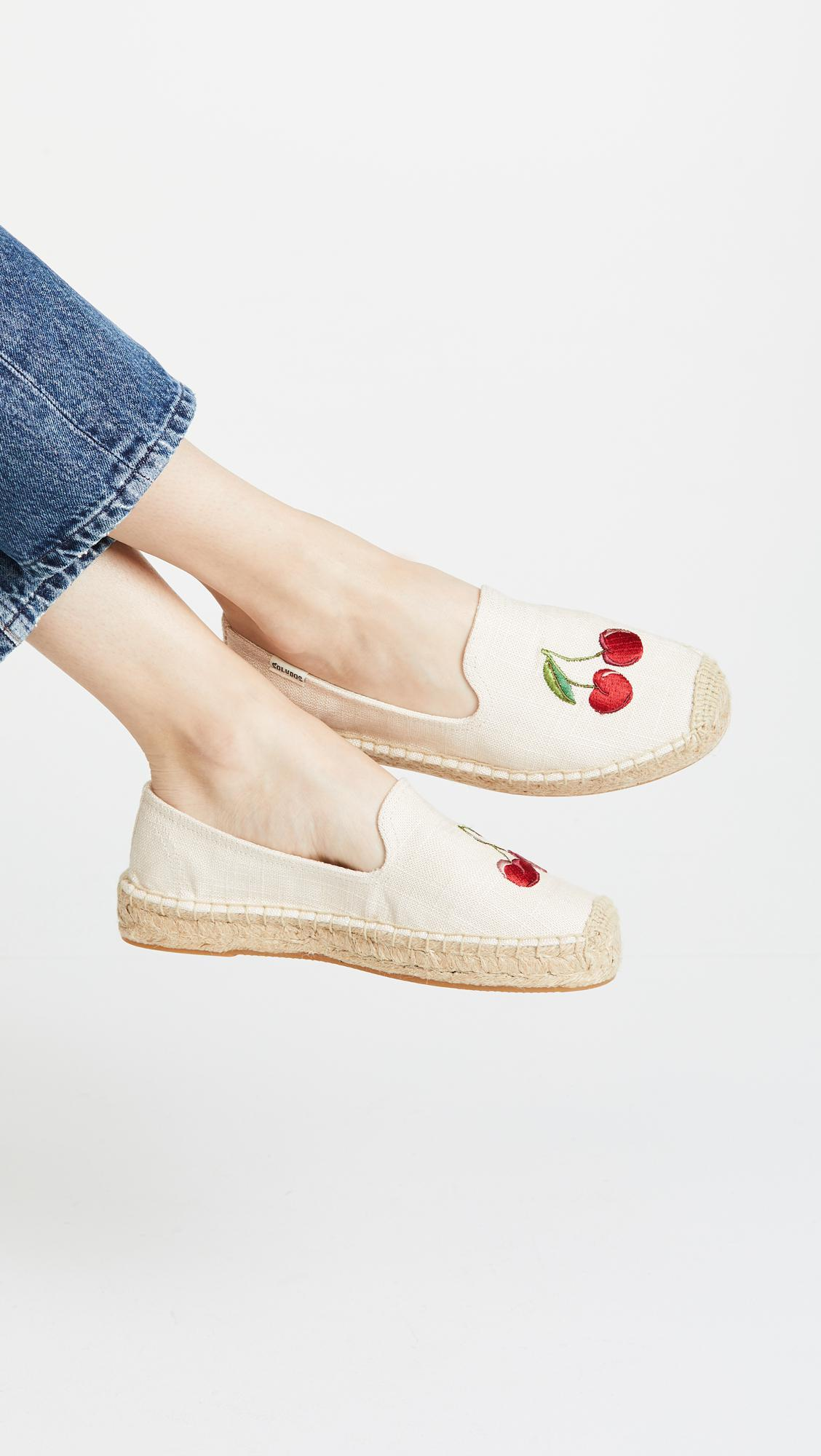 676861a29c6aa9 Lyst - Soludos Cherries Smoking Slippers