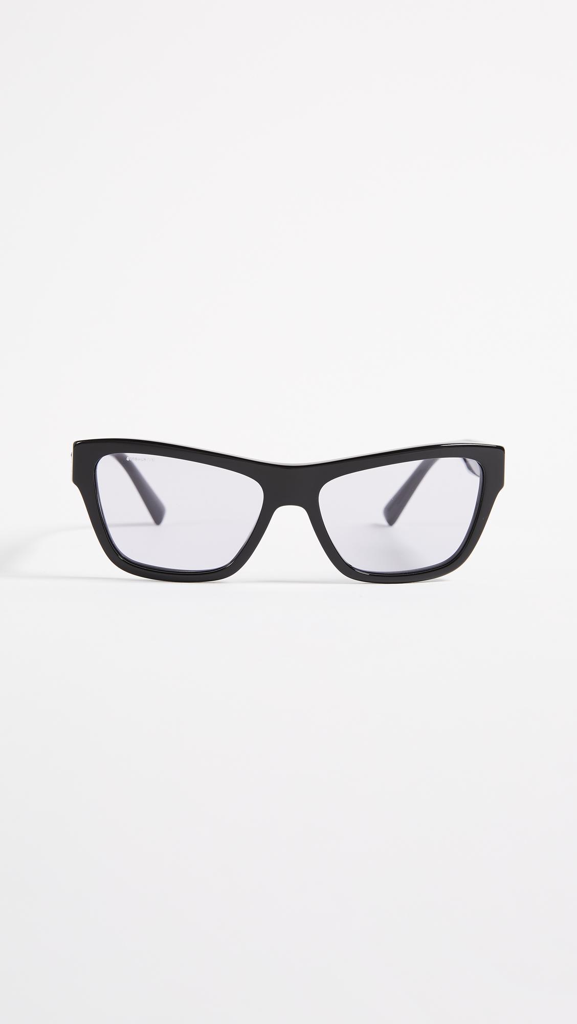 a83ee42e3132 Versace Rock Square Sunglasses in Black - Lyst