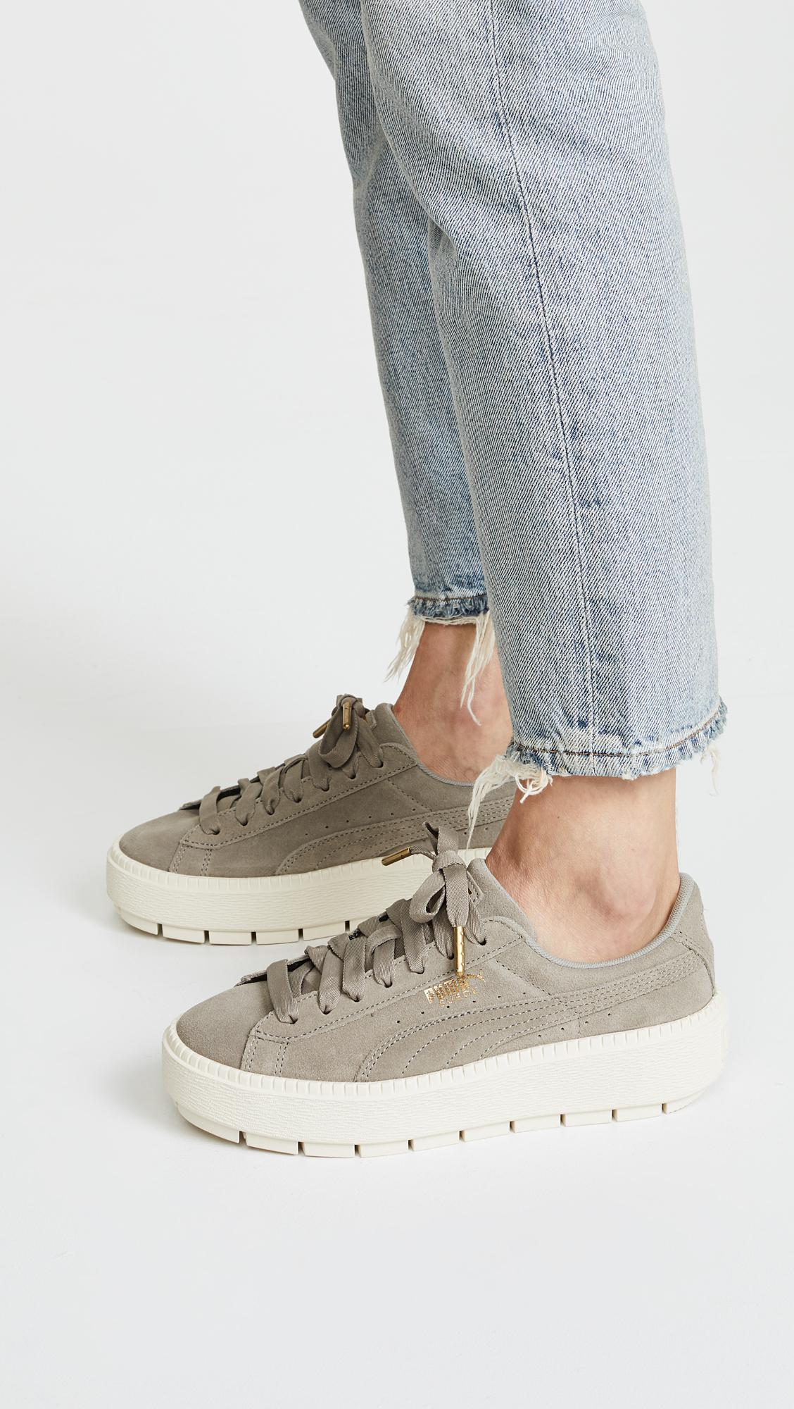 204cf3f5ff25 Gallery. Previously sold at  Shopbop · Women s Platform Trainers Women s  Puma ...