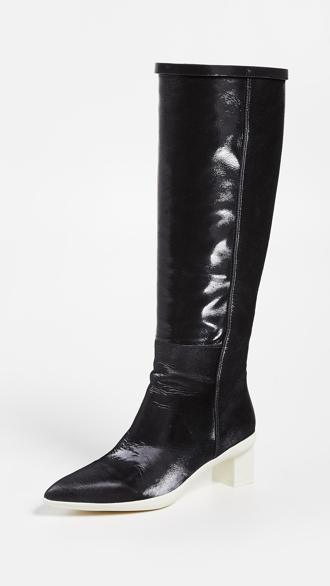 2a4cbd90c2b Lyst - Stuart Weitzman Claude 45mm Boots in Black