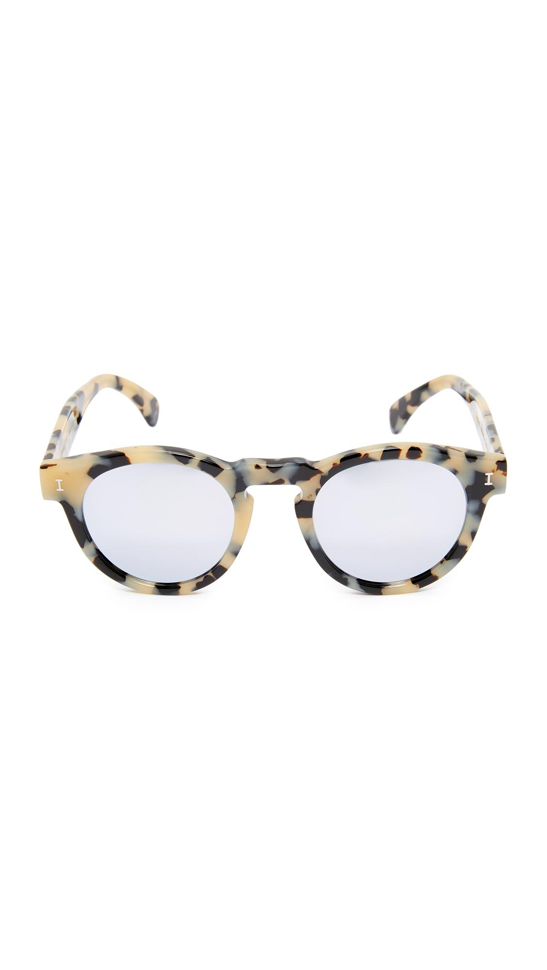 456e0c147a5 Gallery. Previously sold at  Shopbop · Women s Mirrored Sunglasses ...