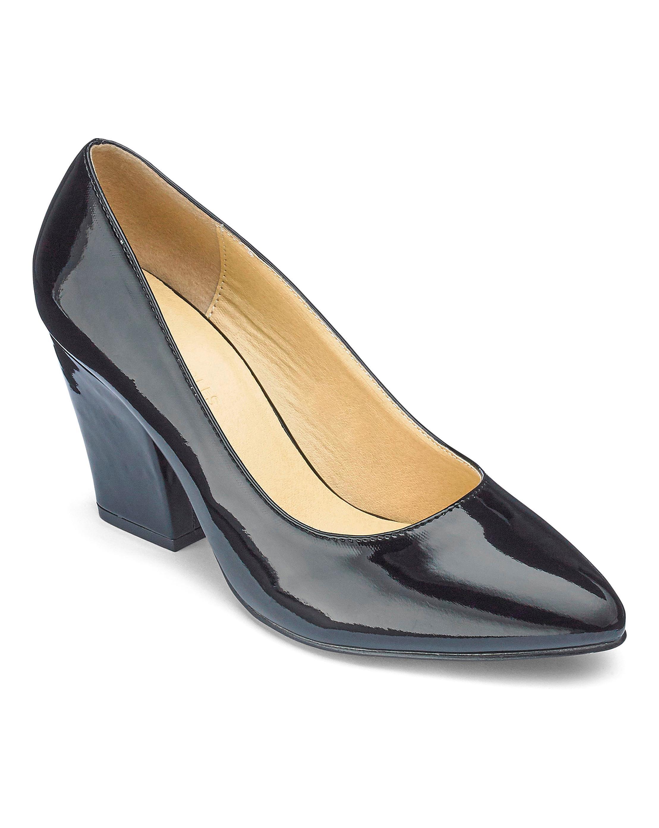 ef8c3a13ee Simply Be Block Heel Pumps in Black - Lyst