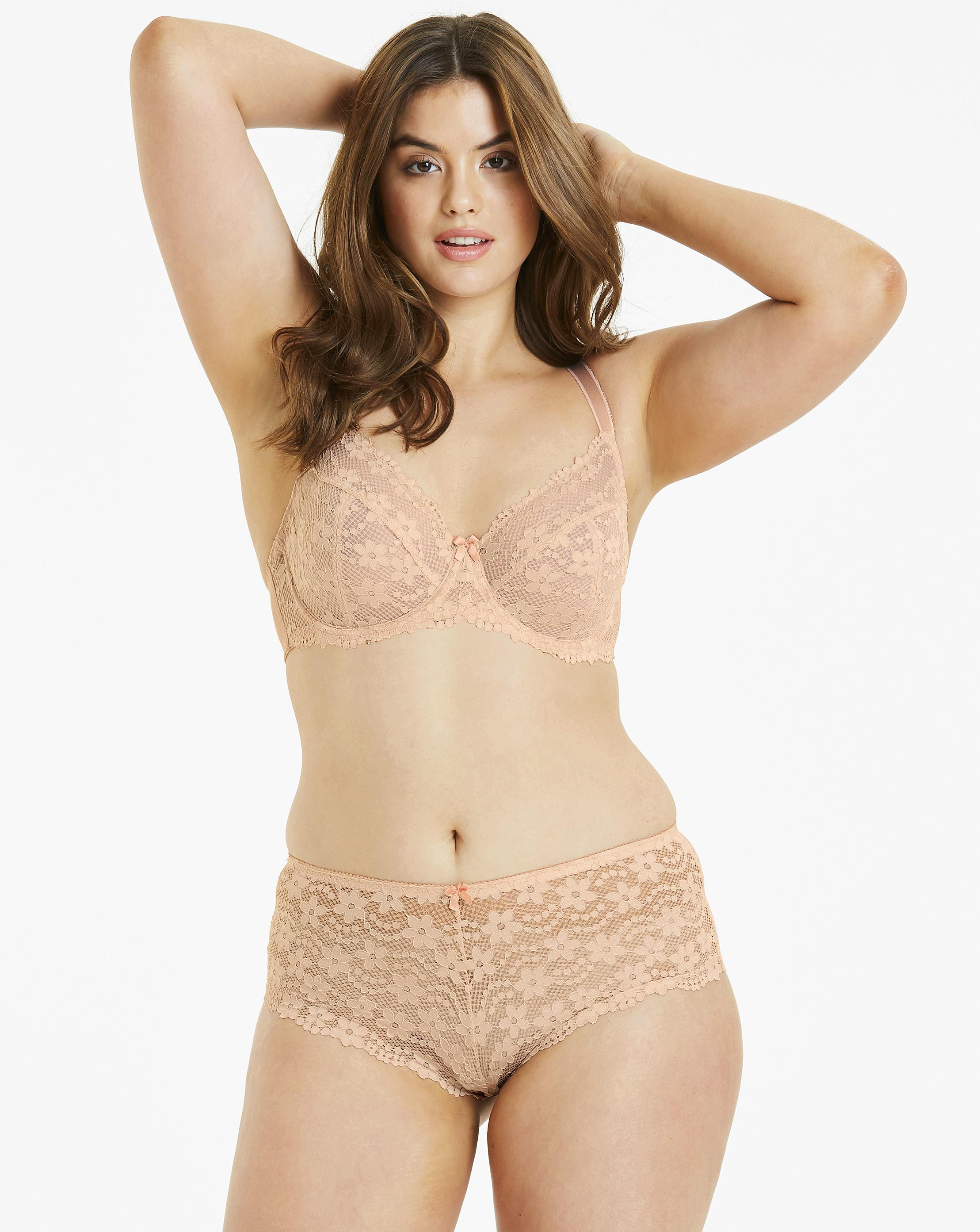 501af88572596 Lyst - Simply Be Pretty Secrets Daisy Lace Full Cup Wired Bra in Natural