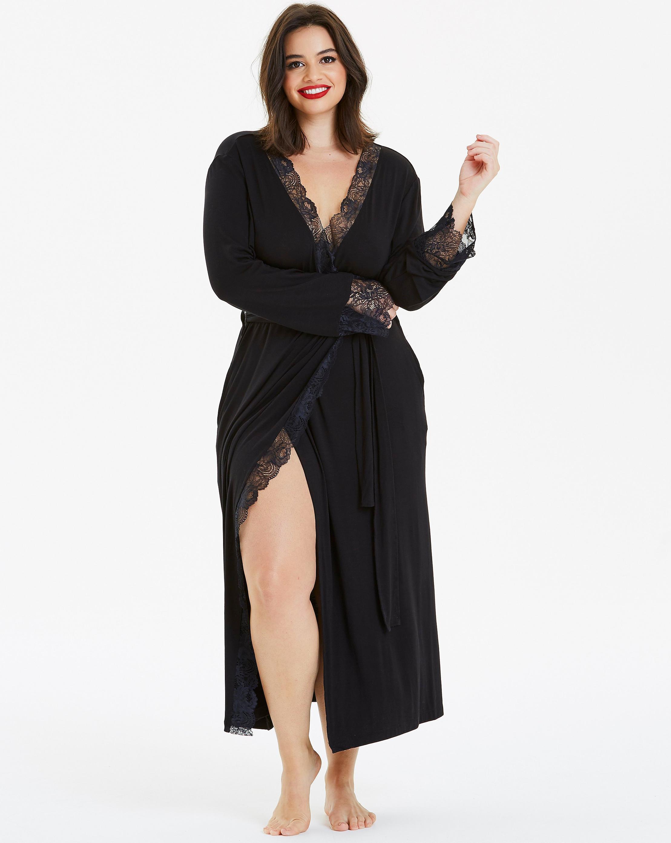5e459b9739a1 Lyst - Simply Be Pretty Secrets Ella Lace Long Robe in Black