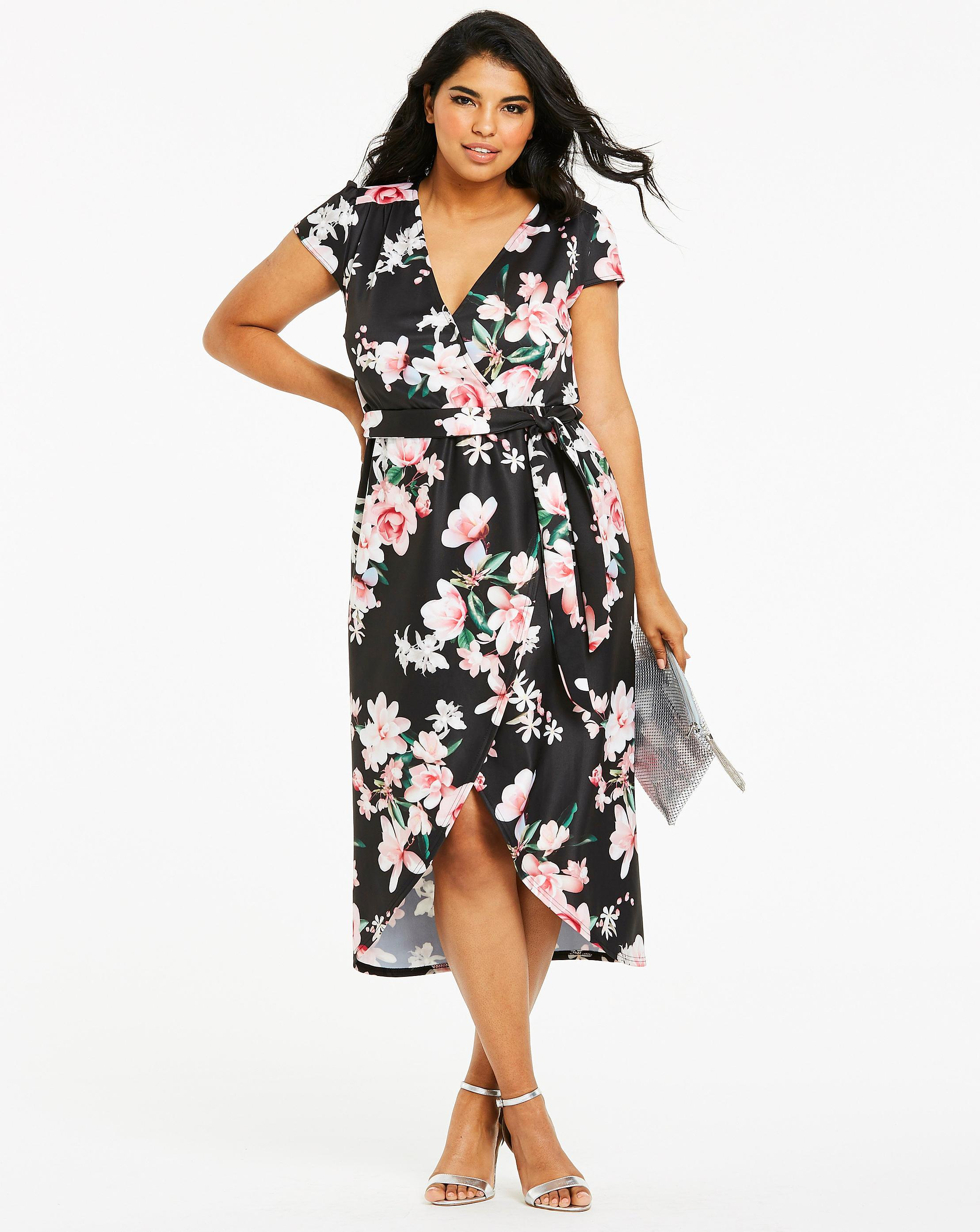 439f1a024ec Lyst - Simply Be Quiz Curve Floral Wrap Dress in Black
