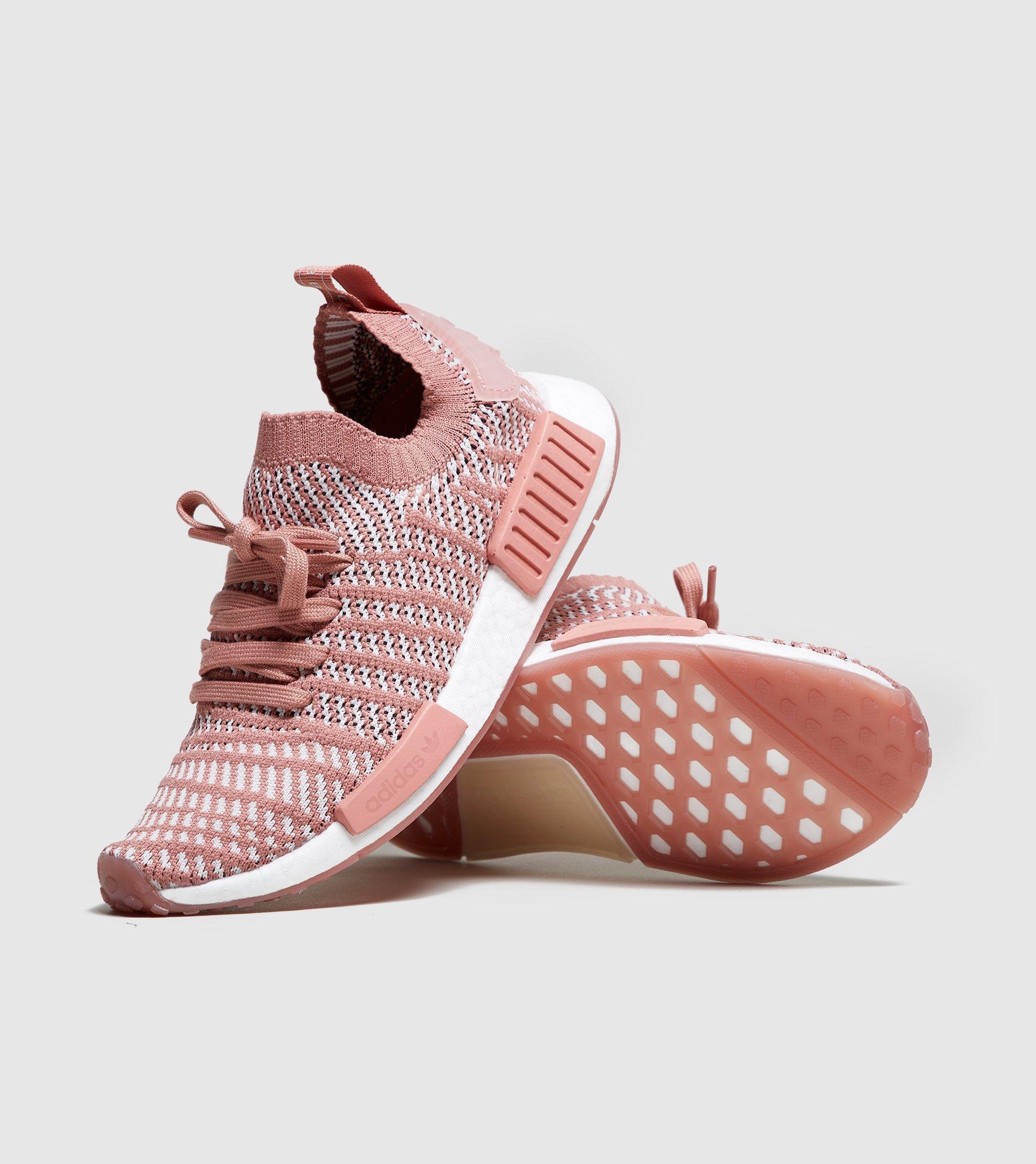 Lyst - adidas Originals Nmd r1 Stlt Primeknit Women s in Pink d48a324a7
