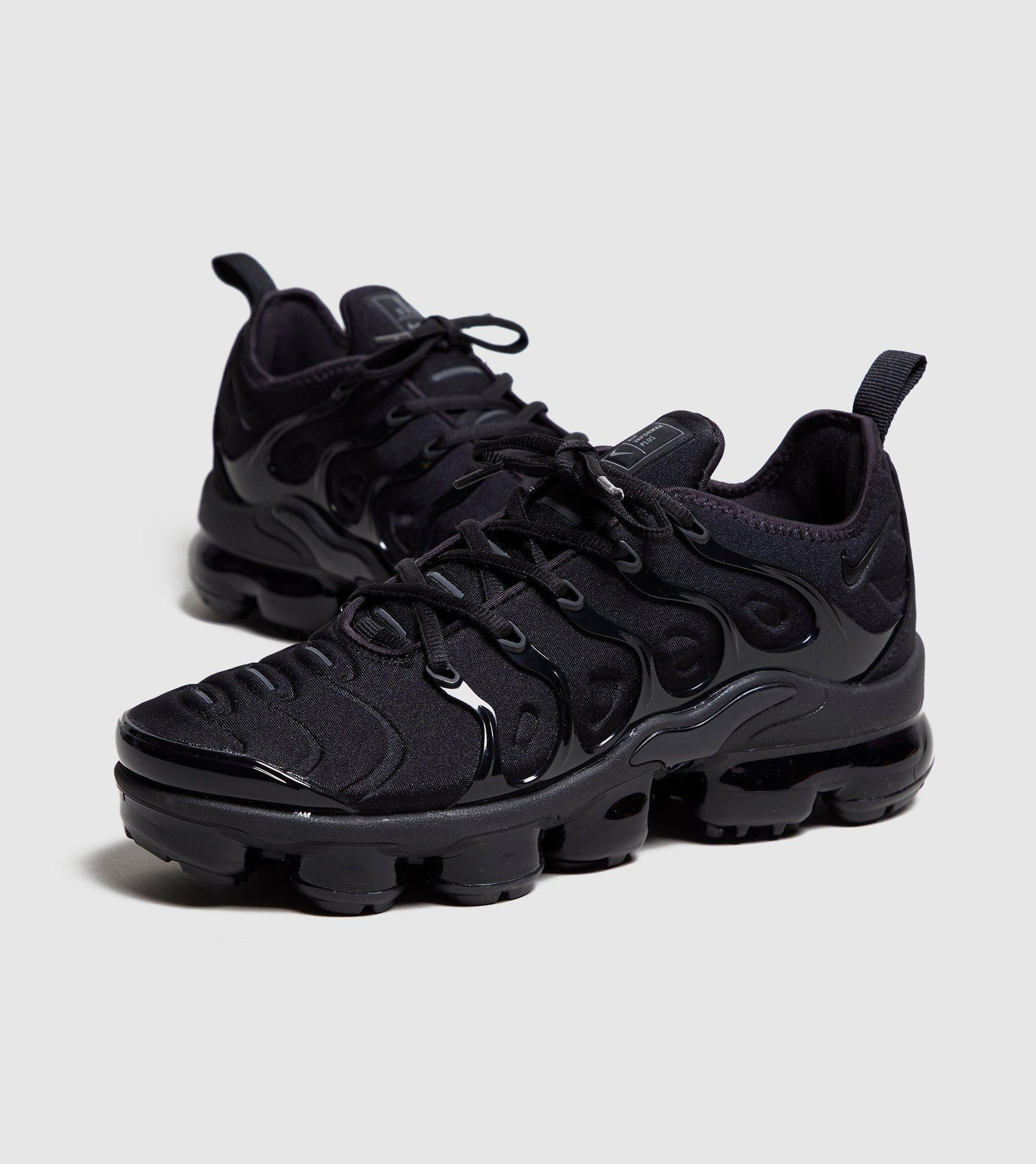 b3f26f569d0 netherlands mens nike air vapormax plus red italy 2d4b9 7507e