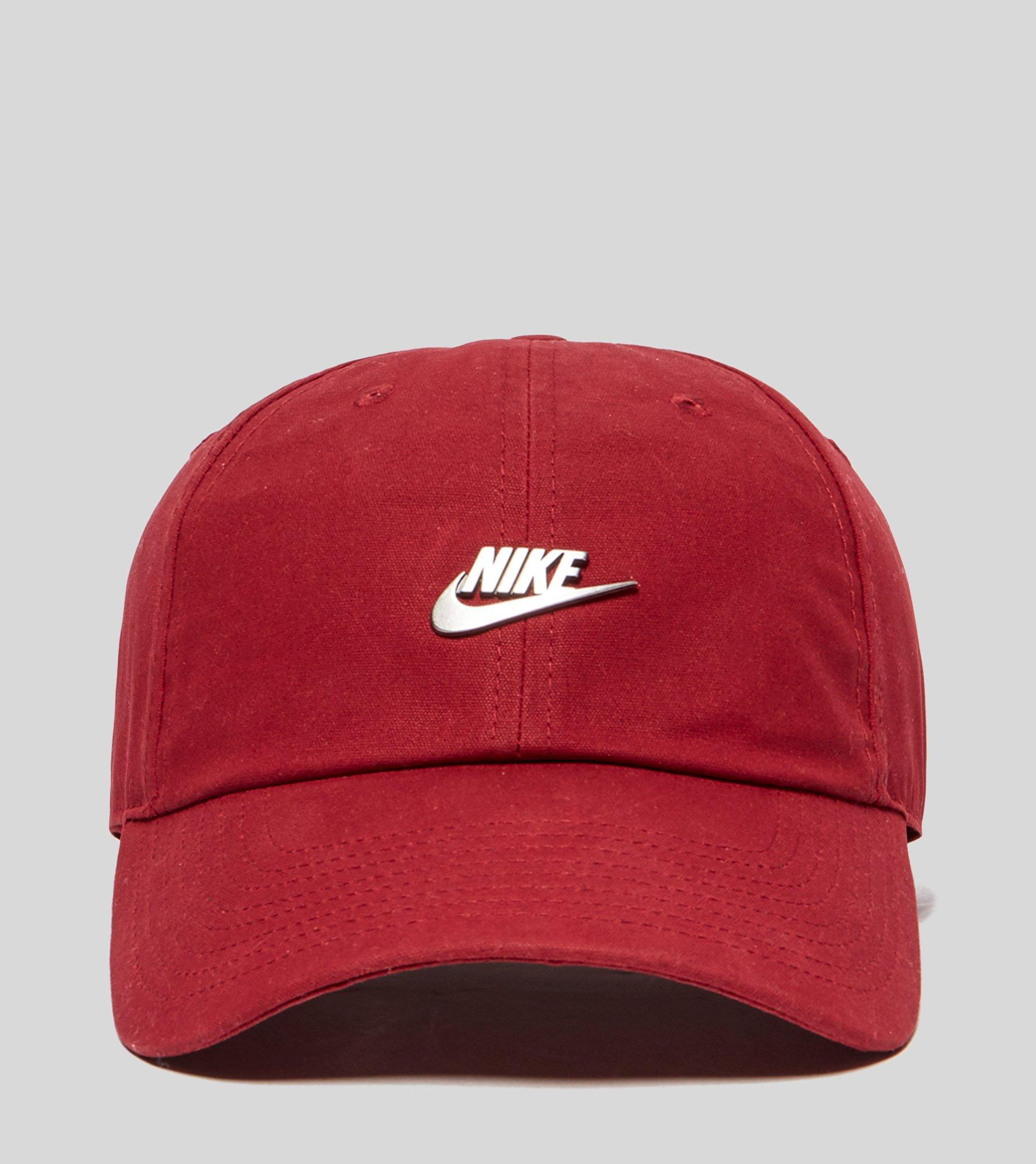 6c48114ac04 Lyst - Nike Hook Cap in Red for Men