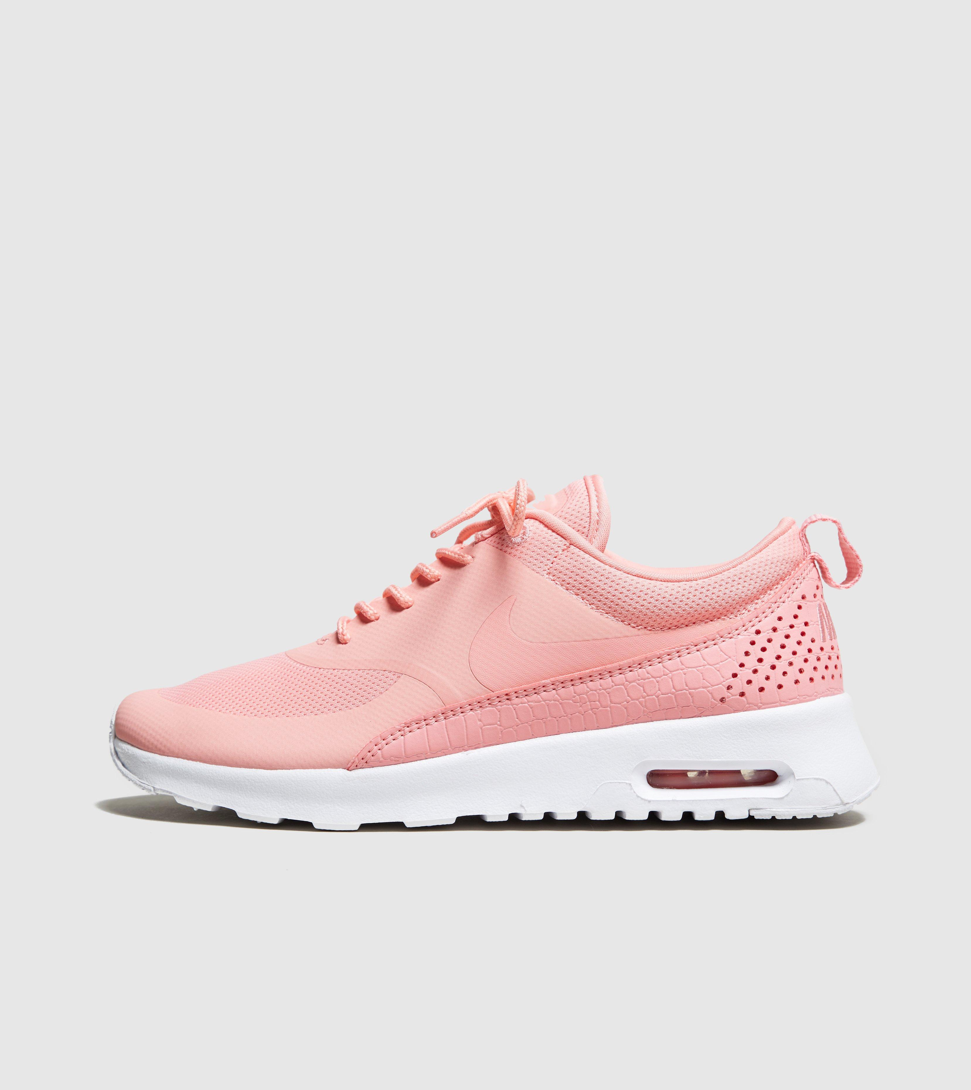 differently d4455 c314d Gallery. Previously sold at  Size · Women s Nike Air Max