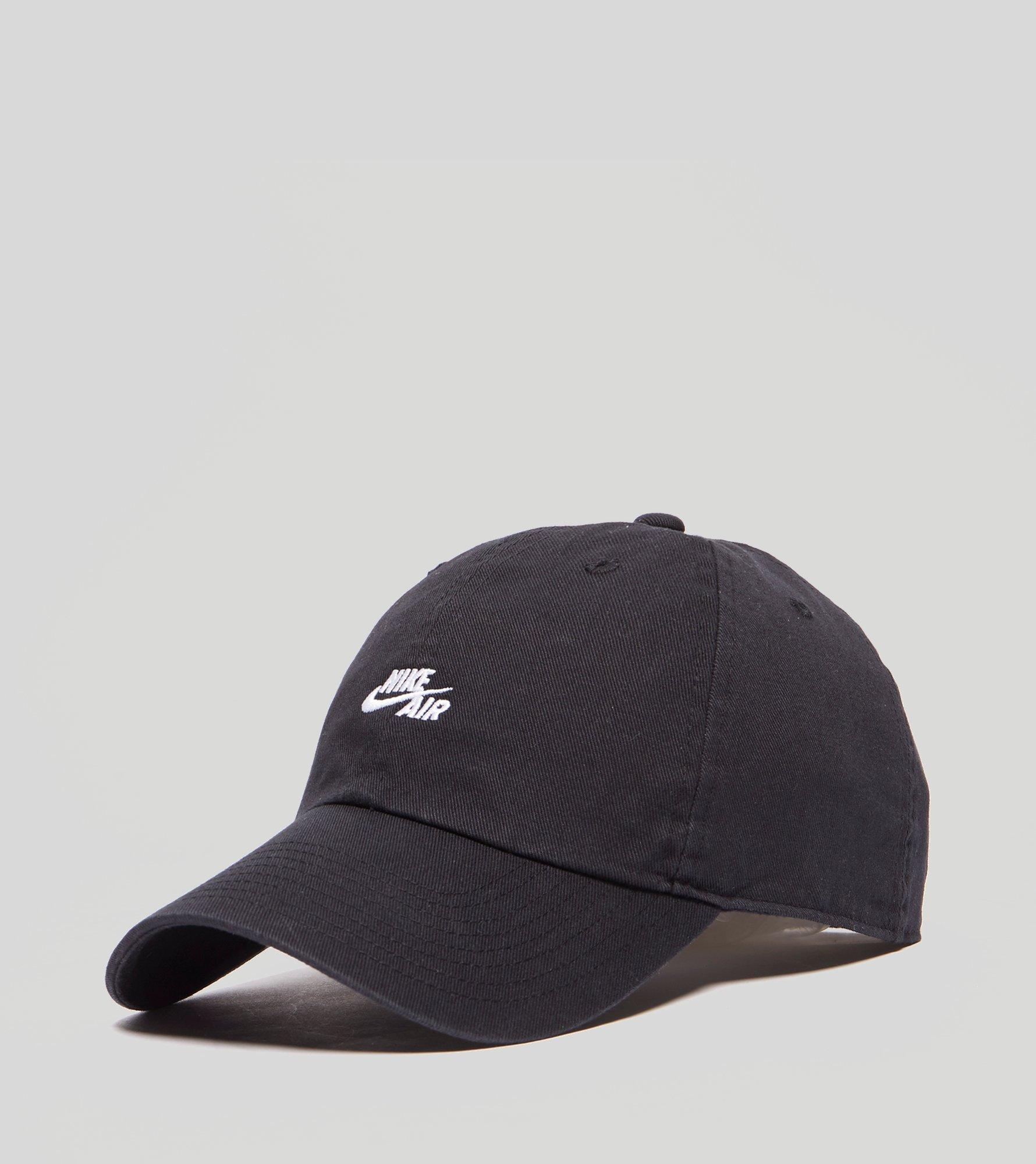 uk availability 29f74 f8c12 Nike Heritage Air 86 Cap in Black for Men - Lyst