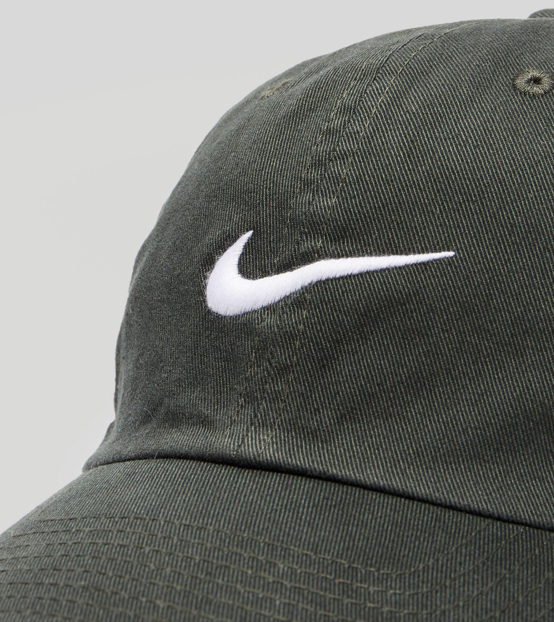 49f94a11 Nike Heritage 86 Swoosh Cap in Green for Men - Lyst