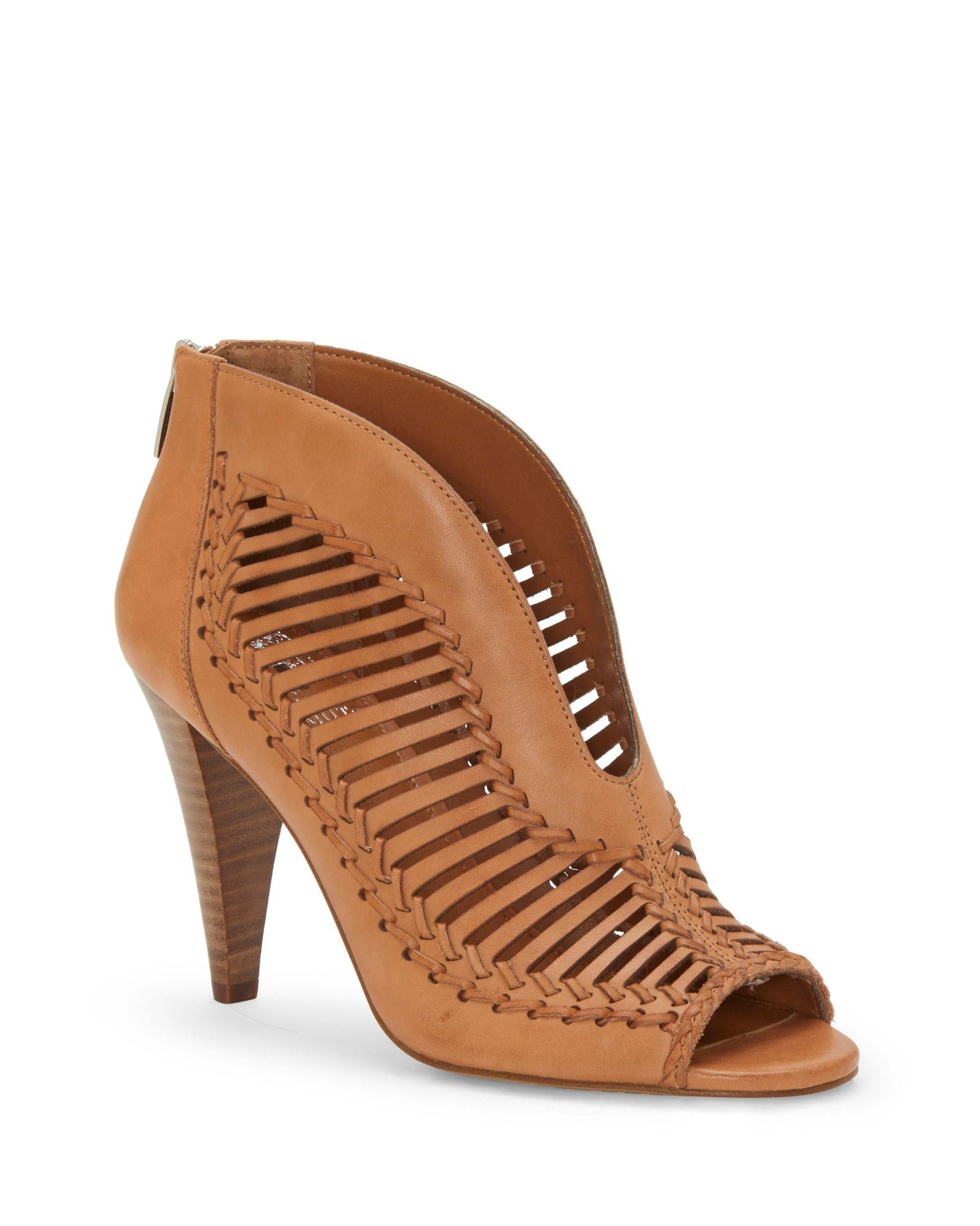 d1c13b0aee71 Lyst - Vince Camuto Acha Sandal in Brown