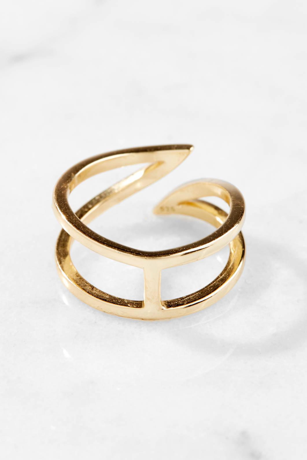 Shashi Pointed Ring Gold 1 Size e21d1n