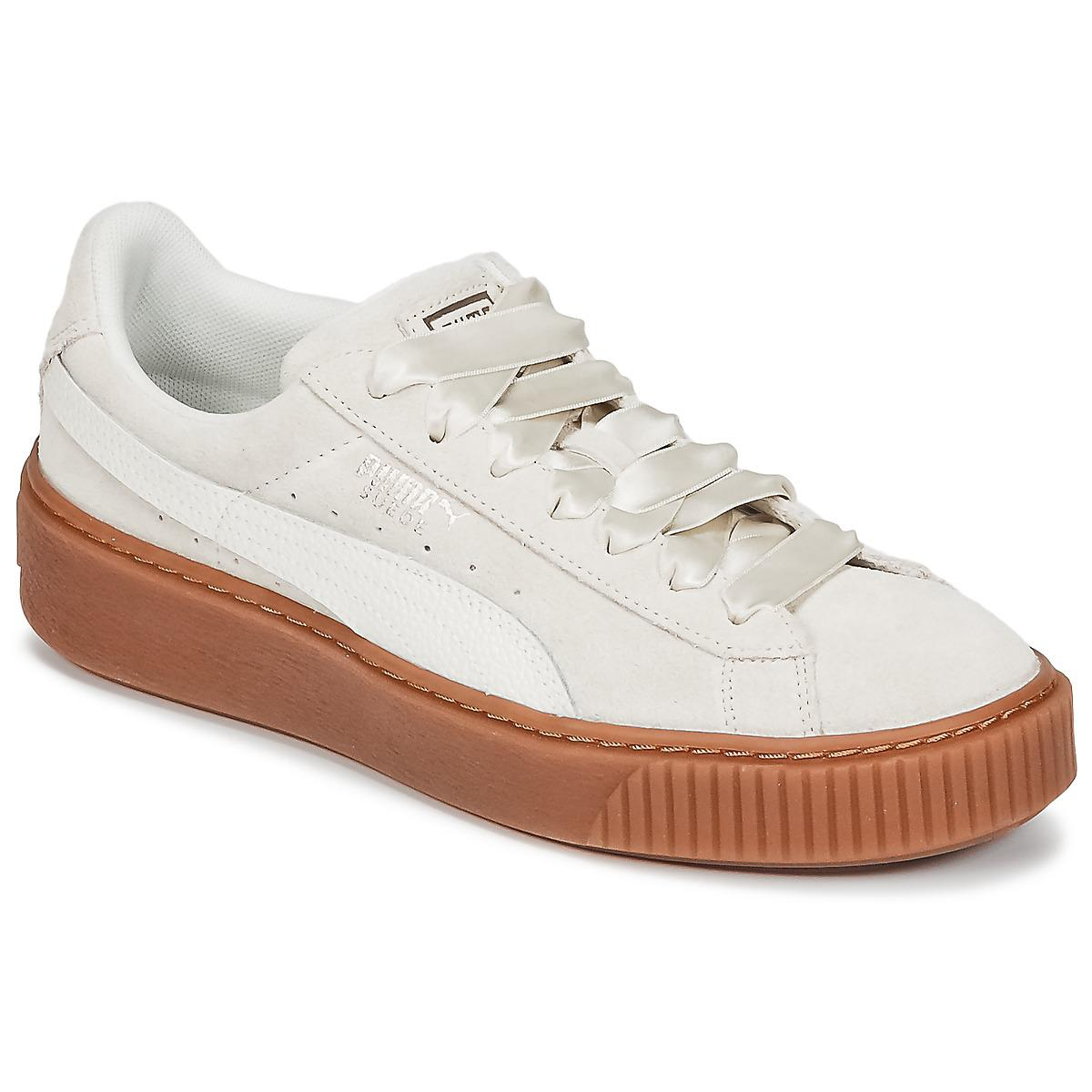 0449384fe28 PUMA Suede Platform Bubble W s Women s Shoes (trainers) In White in ...