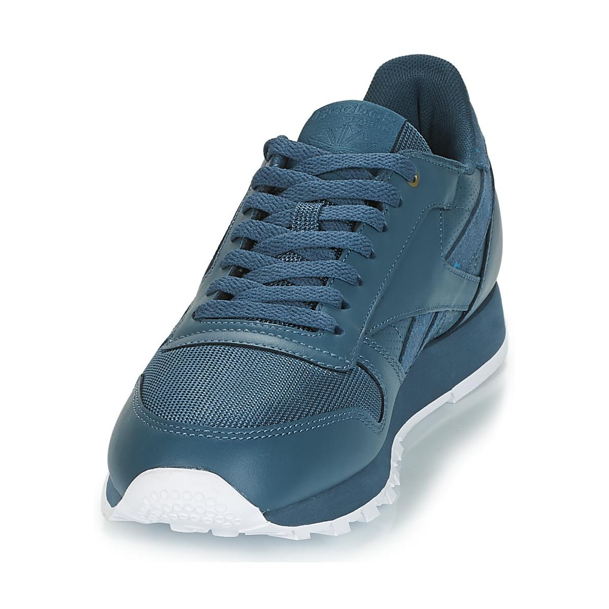 3a4101c8236 Reebok - Classic Leather Men s Shoes (trainers) In Blue for Men - Lyst.  View fullscreen