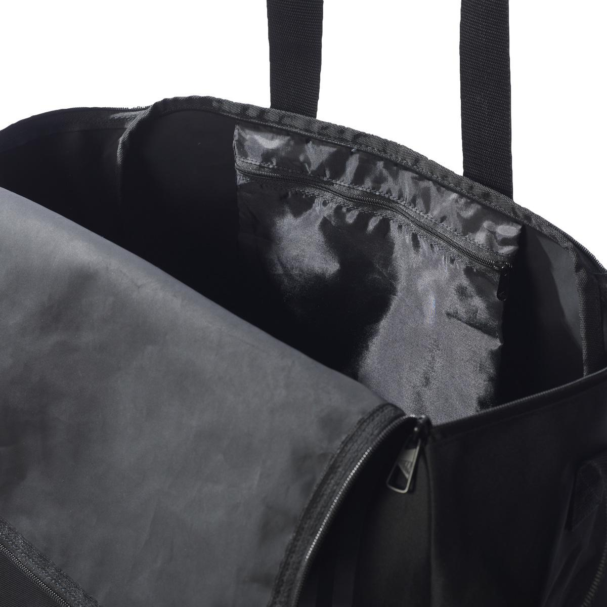 2fe025e3cb Lyst - Tiro Teambag BC S femmes Sac de sport en Noir adidas pour ...