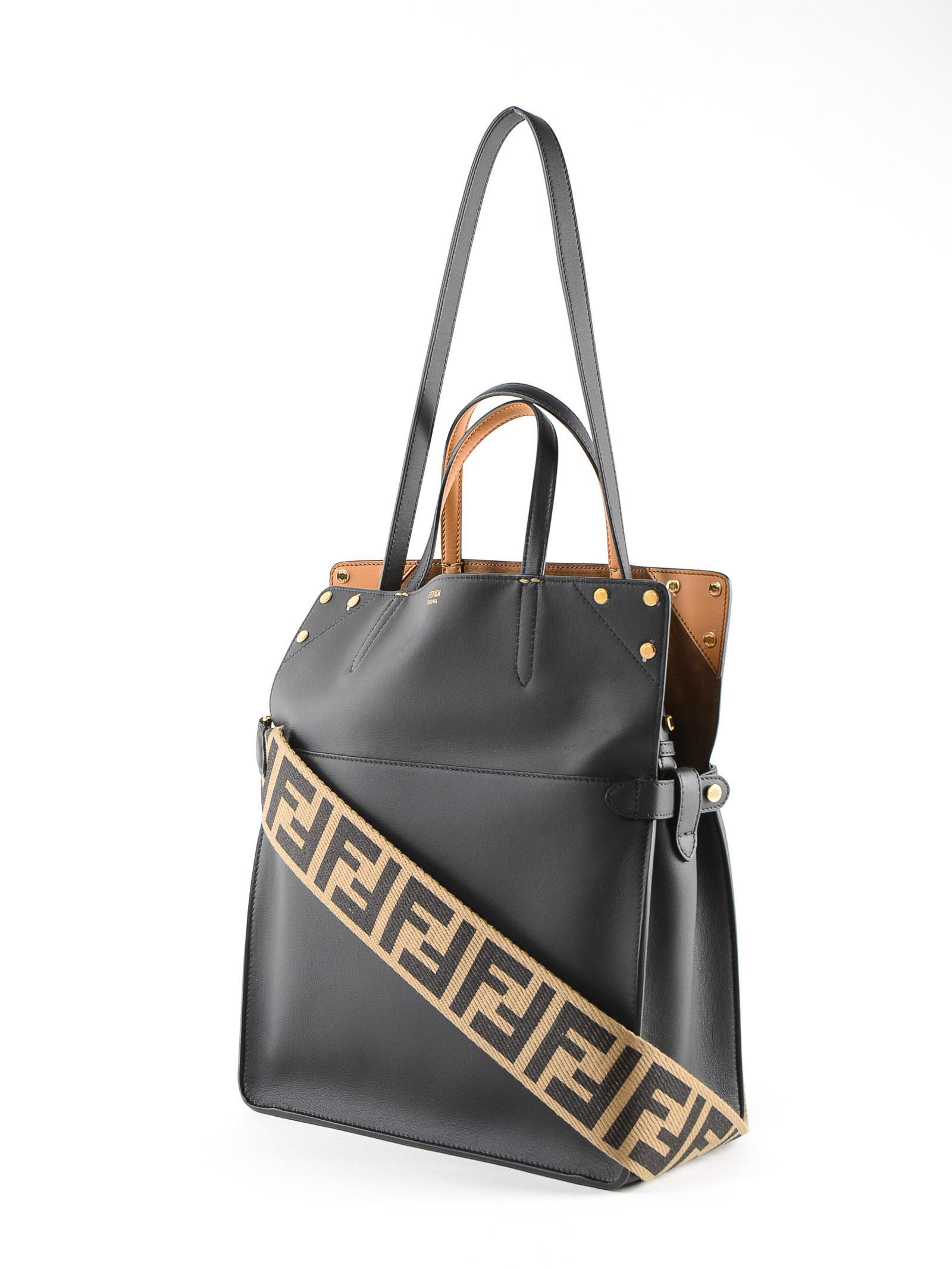 23ee3ad52e07 Lyst - Fendi Flip Regular Bag in Black
