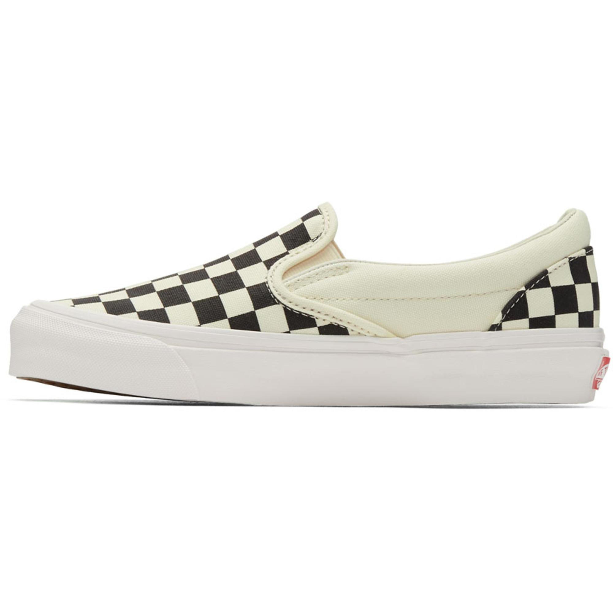 Black and Off-White OG Checkerboard Classic Slip-On Sneakers Vans DzYVQ