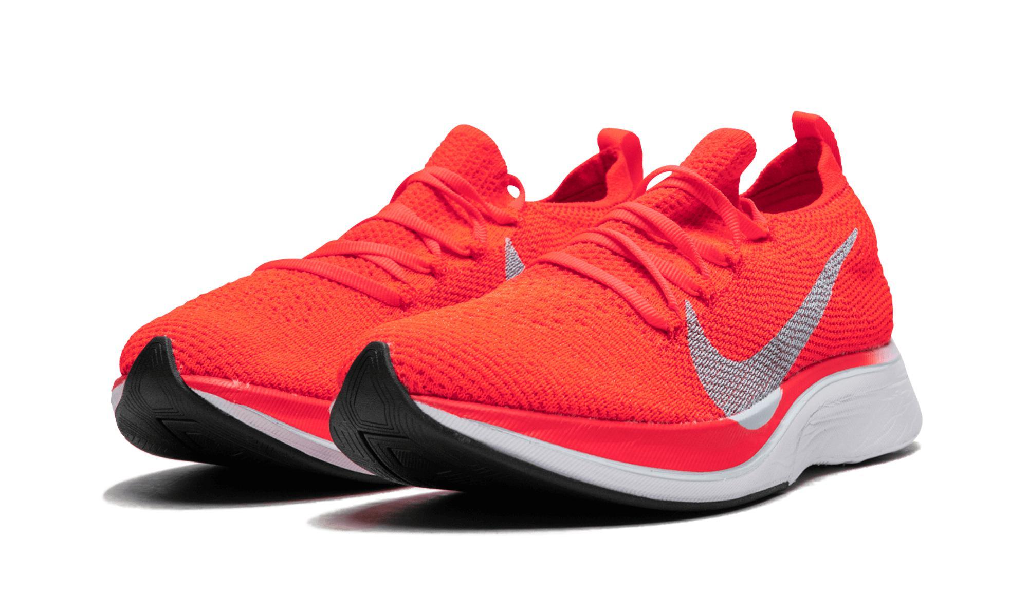 e16dbb022f89ed Nike Vaporfly 4% Flyknit in Red for Men - Lyst