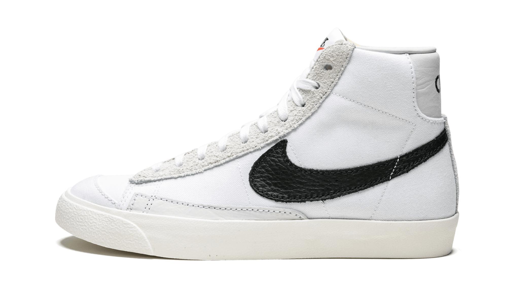 best loved 723a3 707f1 Nike. Men s White Blazer Mid 77 Vntg