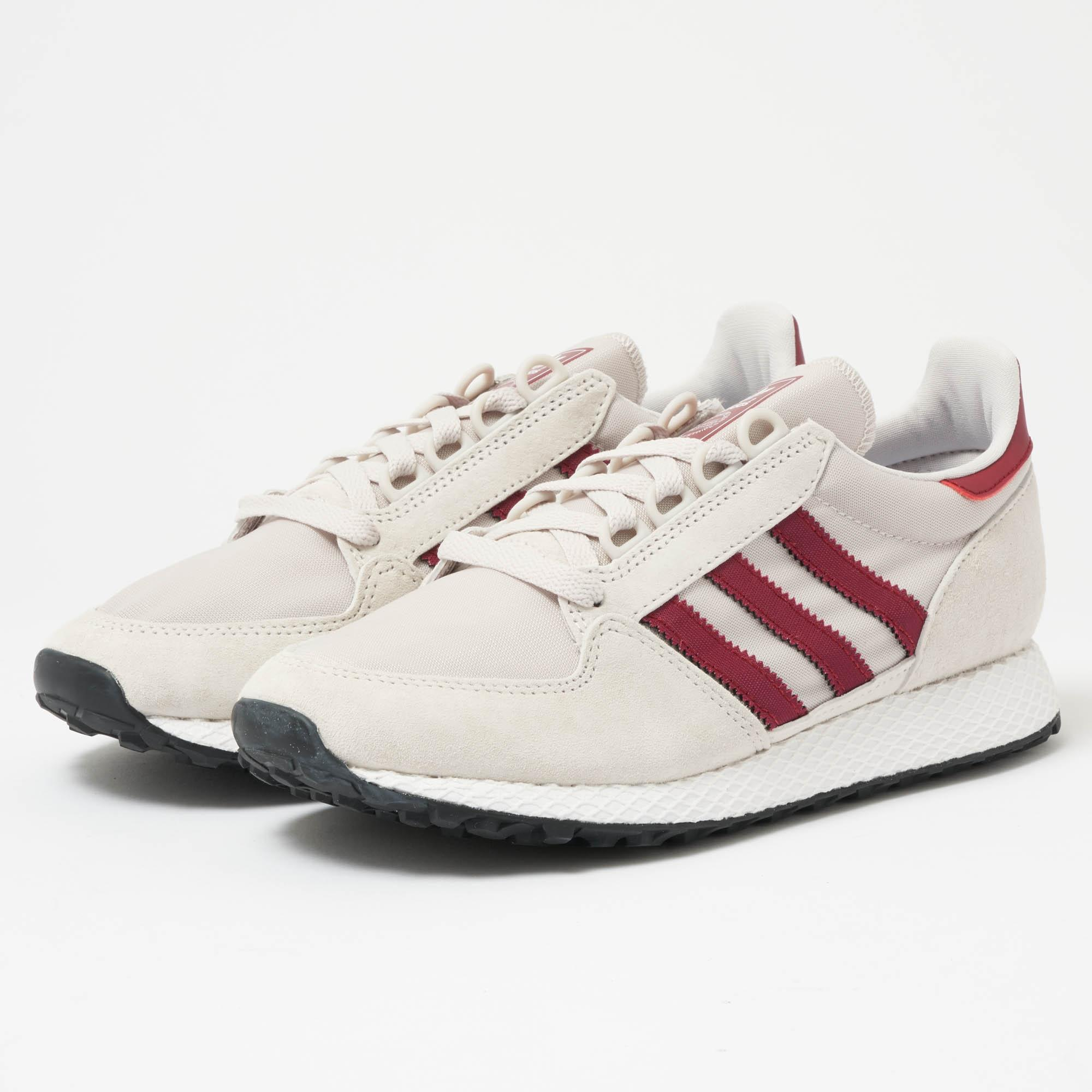 adidas Originals FOREST GROVE - Trainers - chalk pearl/footwear white/core black AOv3i4Fah