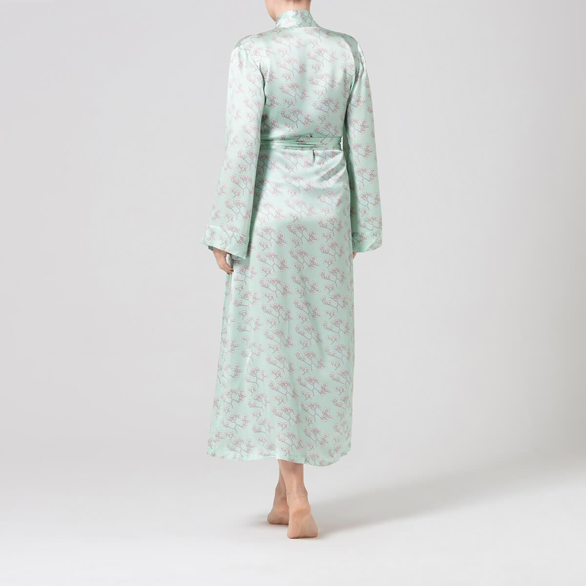 Alice   Astrid Green Printed Silk Dressing Gown in Green - Lyst 53684c15e