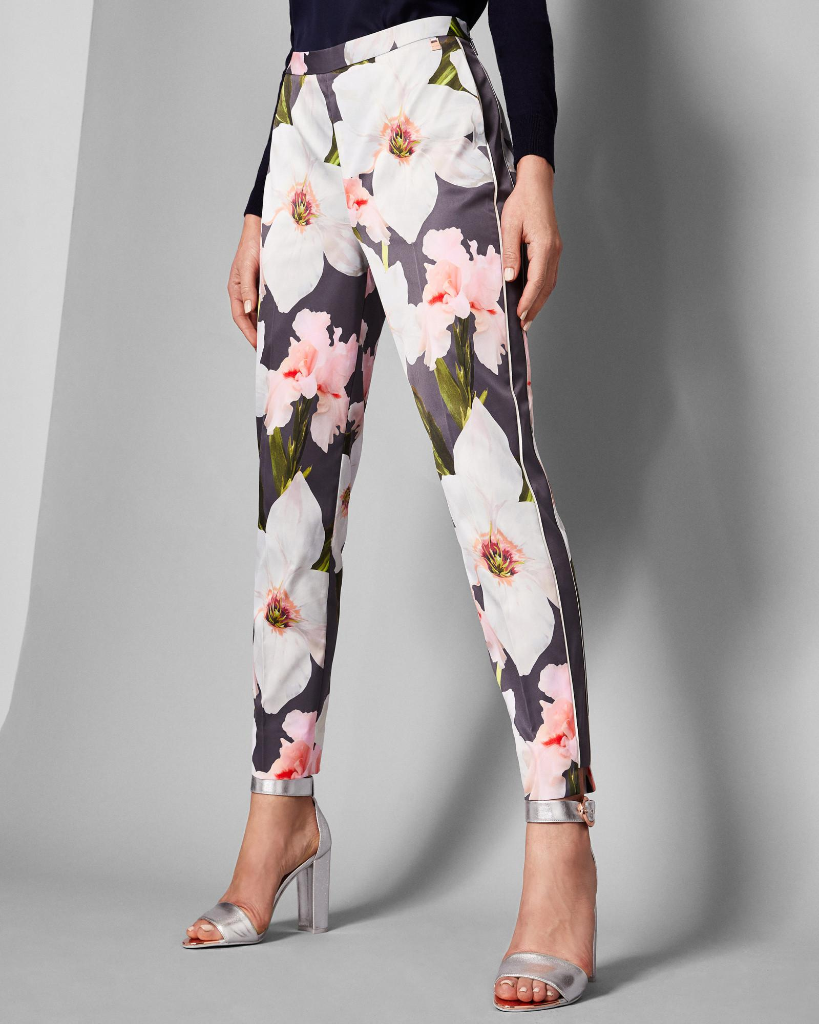 db5fdb0e7e3dc Ted Baker Chatsworth Tapered Trousers in Gray - Lyst