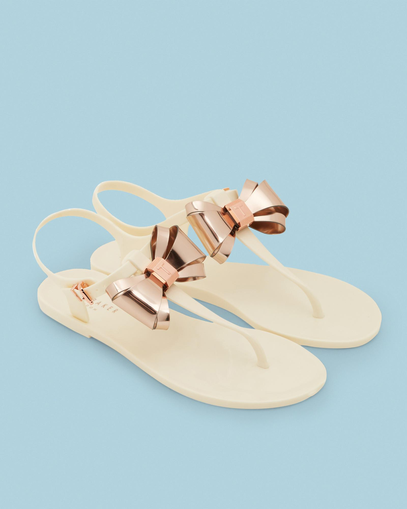 a09264bed302 Ted Baker Metallic Bow Jelly Sandals - Lyst
