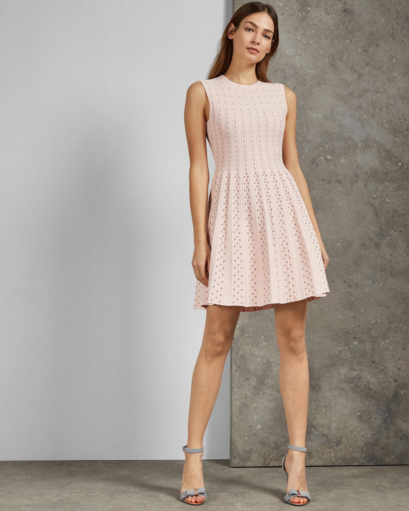 9edb48a3e54 Ted Baker Vellia Flippy Knit Skater Dress in Pink - Lyst