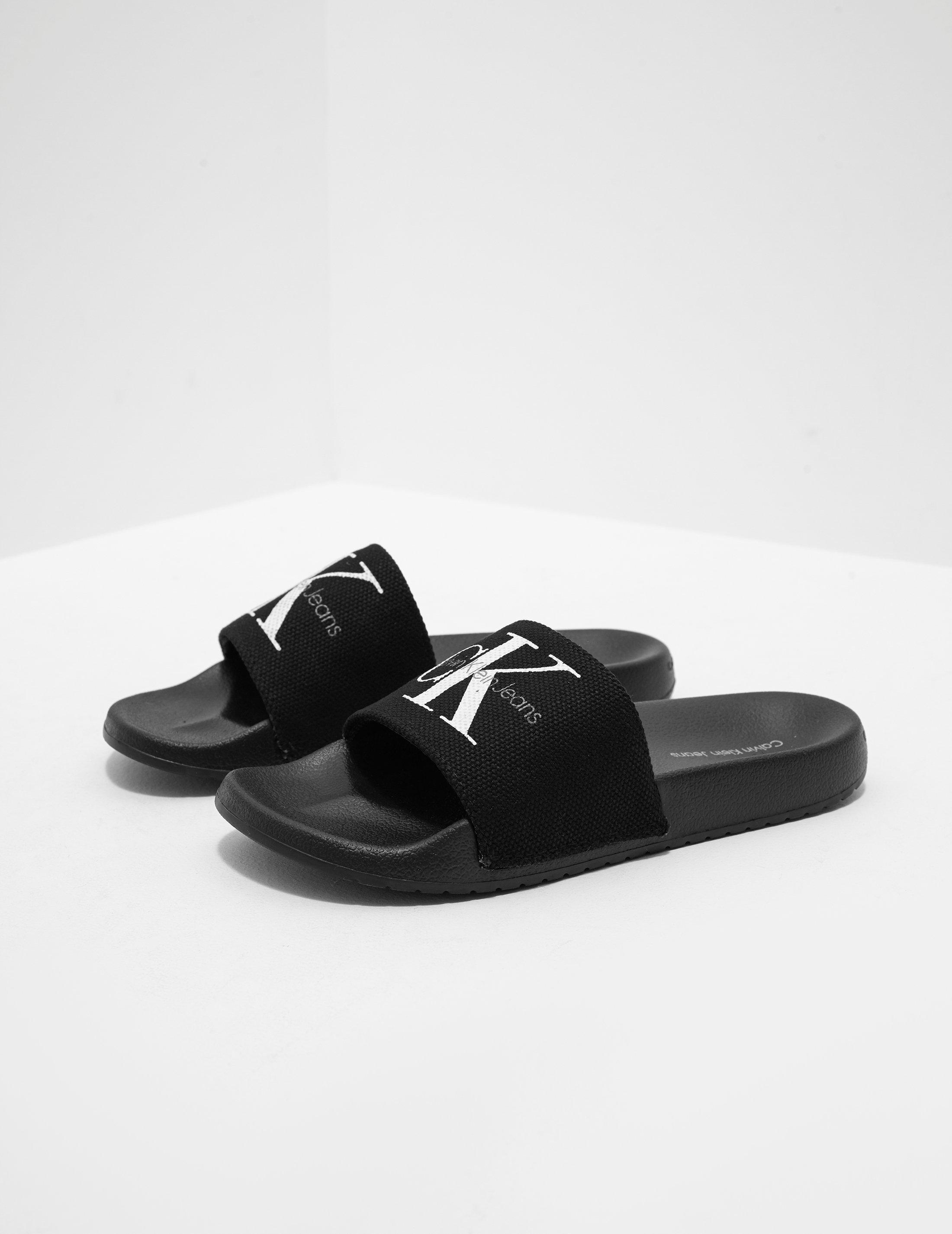 ecc3bd1b718a Lyst - Calvin Klein Chantal Slides Women s Black in Black - Save 5%