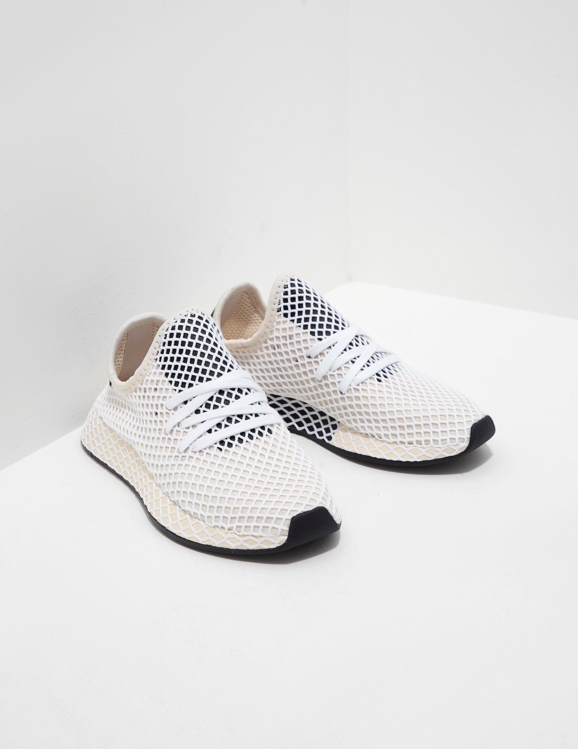 0e166693ebc6d Lyst - adidas Originals Womens Deerupt Women s Cream